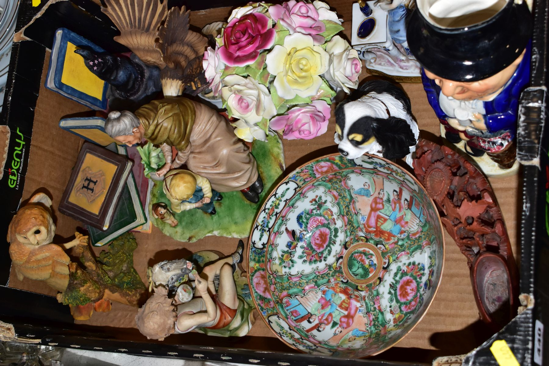 TWO BOXES AND LOOSE OF CERAMICS, GLASS AND METALWARE, including a Chinese Famille rose bowl,(chip - Image 2 of 13