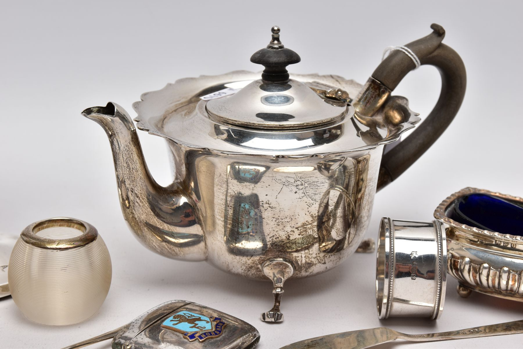 A SELECTION OF SILVER AND WHITE METAL ITEMS, to include an early 20th century AF silver teapot, wavy - Image 5 of 7