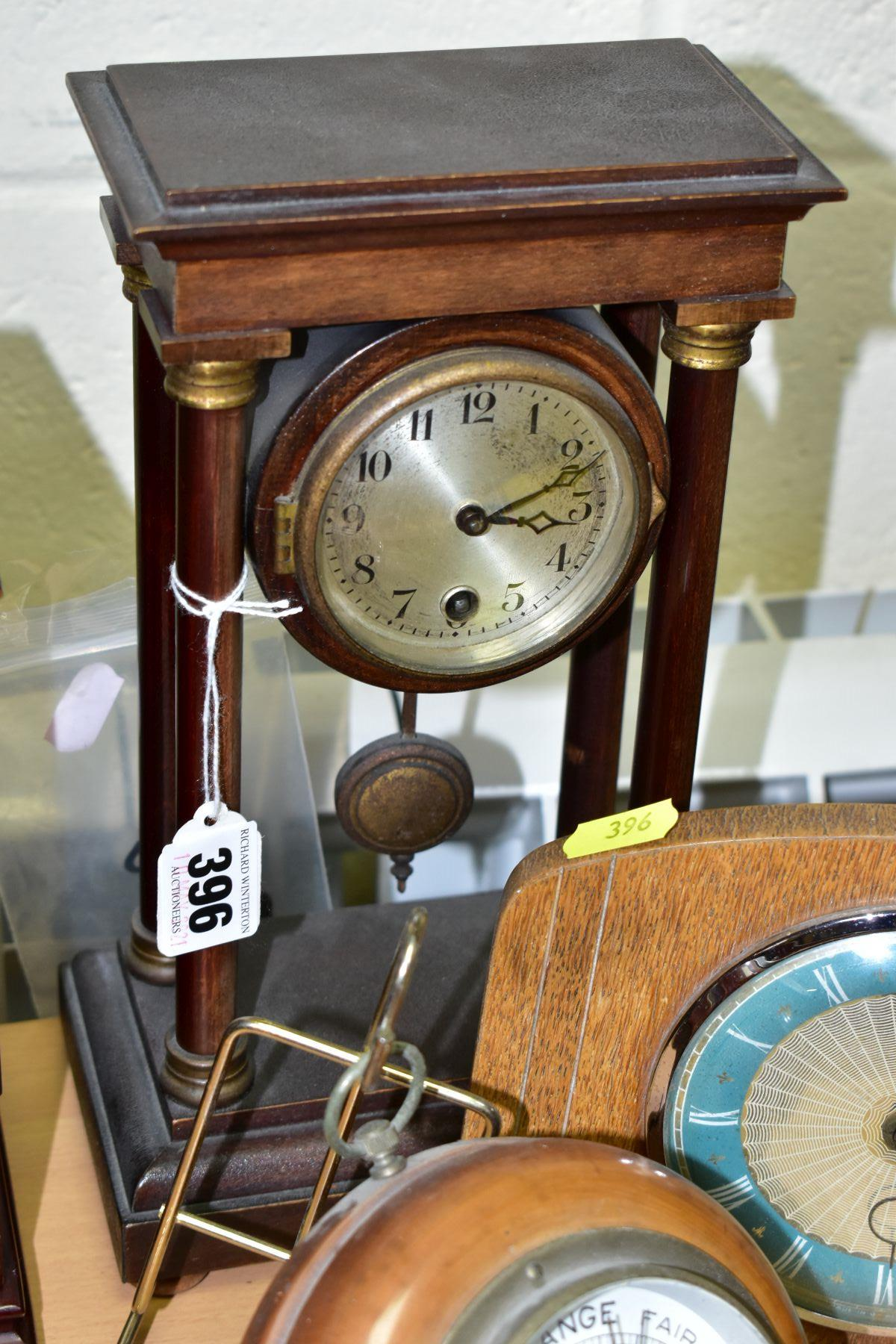 TWO MANTEL CLOCKS AND A BAROMETER, comprising an Edwardian portico mahogany stained mantel clock, - Image 4 of 6
