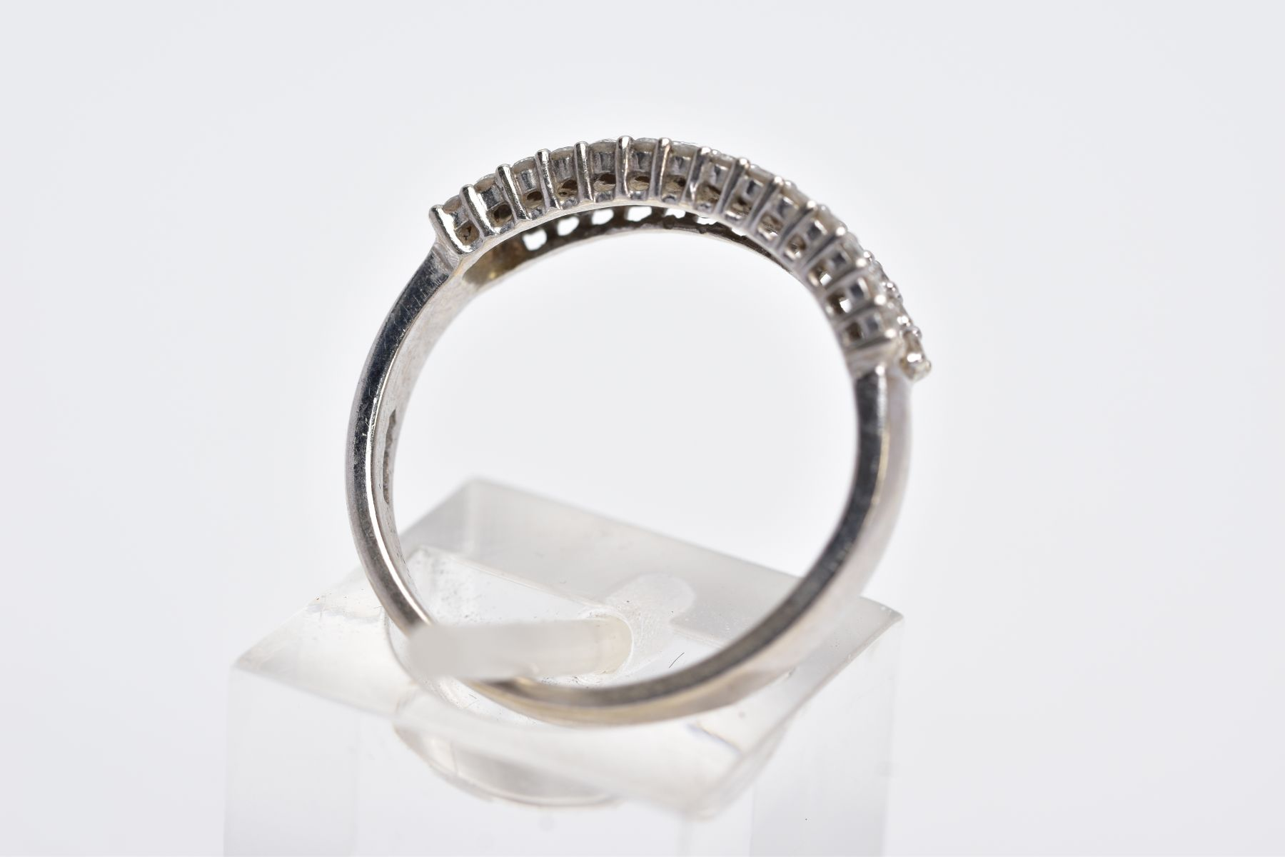 A 9CT WHITE GOLD HALFHOOP DIAMOND RING, designed with a central row of rectangular cut diamonds - Image 3 of 3