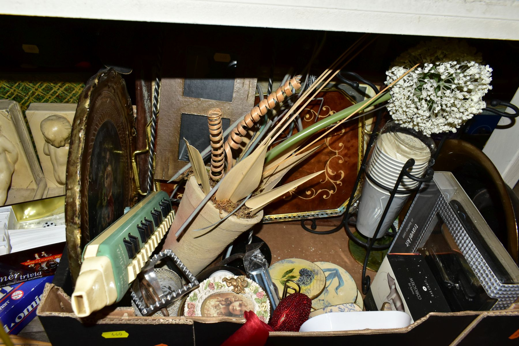 FOUR BOXES AND LOOSE METALWARE, HOUSEHOLD SUNDRIES, OIL LAMP, etc, to include board games, book - Image 9 of 16