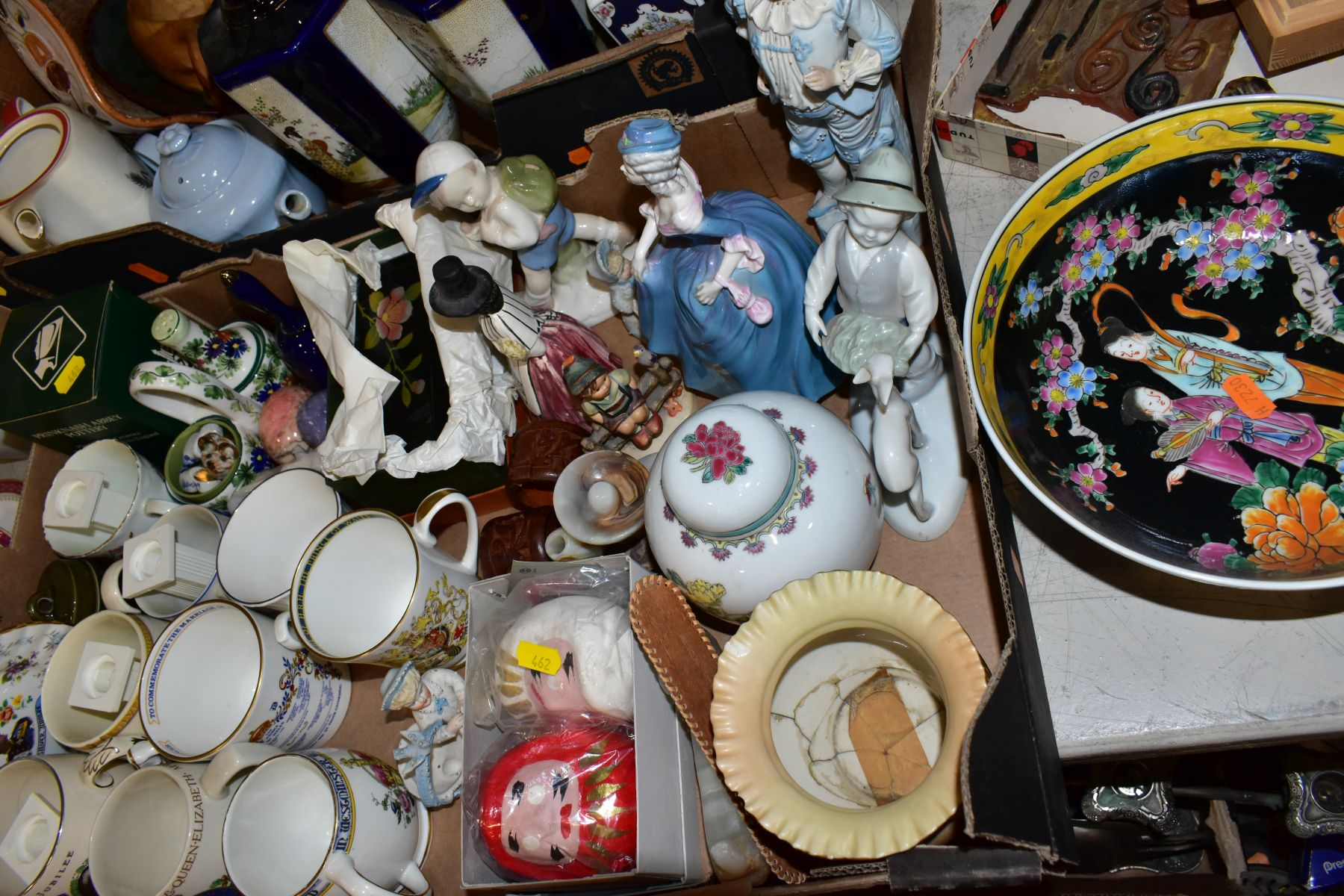 TWO BOXES AND LOOSE ORNAMENTS, VASES, ROYAL COMMEMORATIVES etc, to include Cauldon Ware Prunus - Image 8 of 8