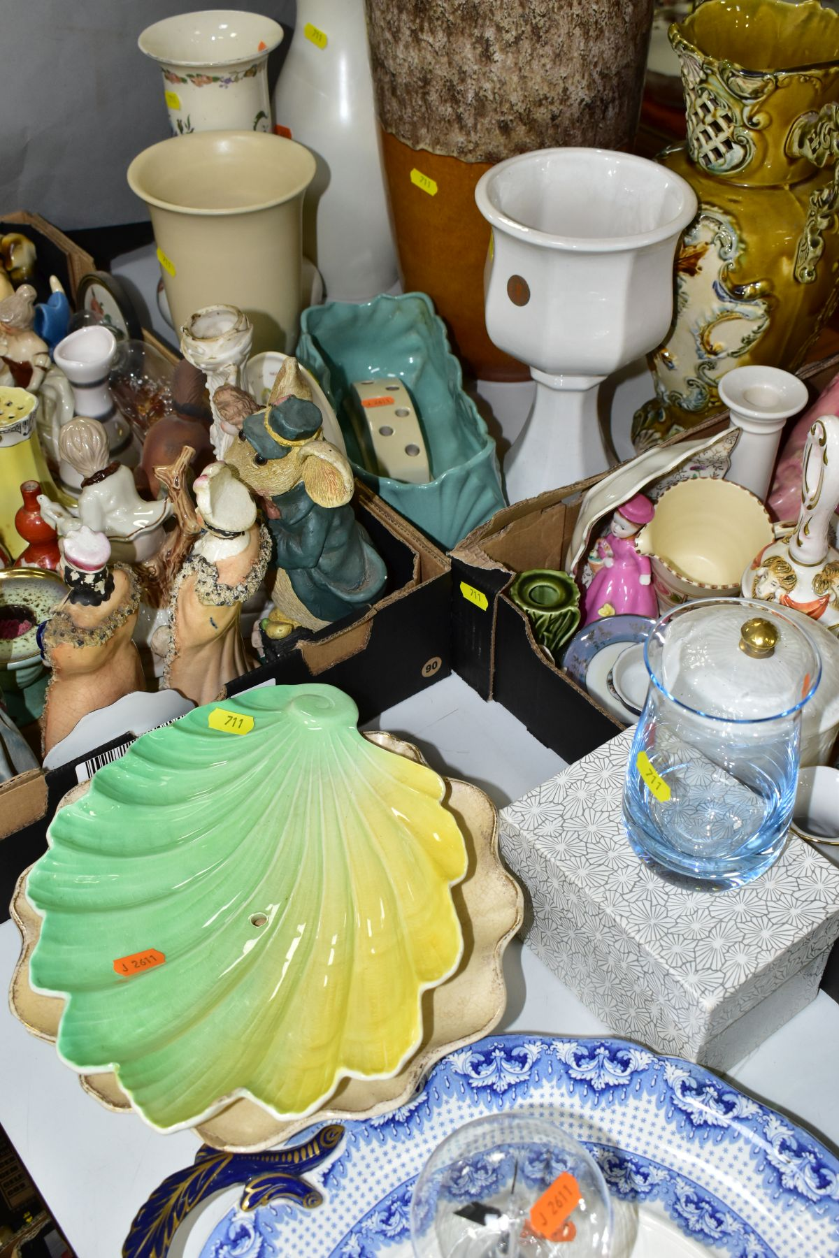 TWO BOXES AND LOOSE CERAMICS AND GLASSWARE, including animal bird and figural ornaments, two - Image 8 of 10