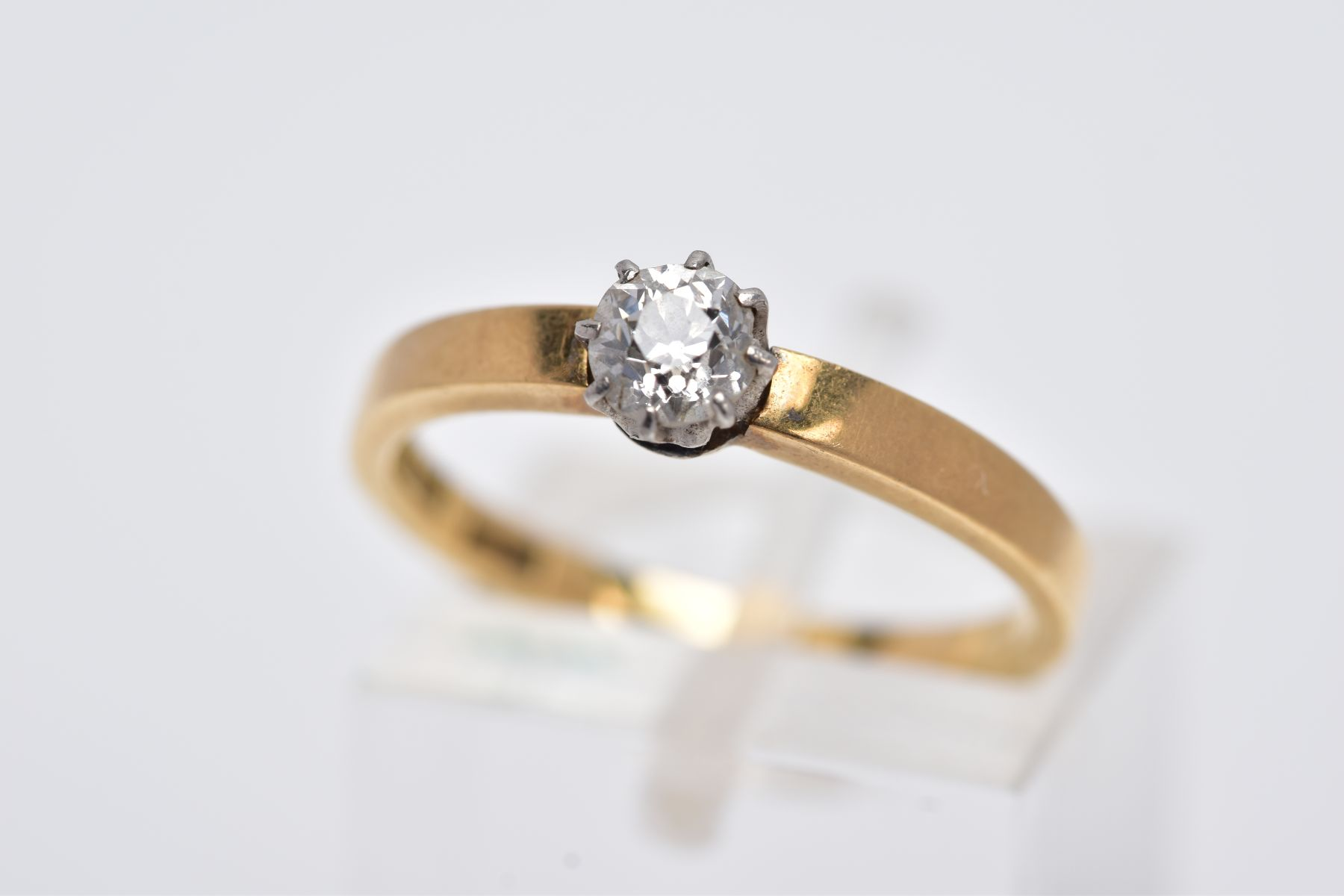 A DIAMOND SINGLE STONE RING, an old cut diamond, estimated weight 0.30ct, colour assessed as H-I,