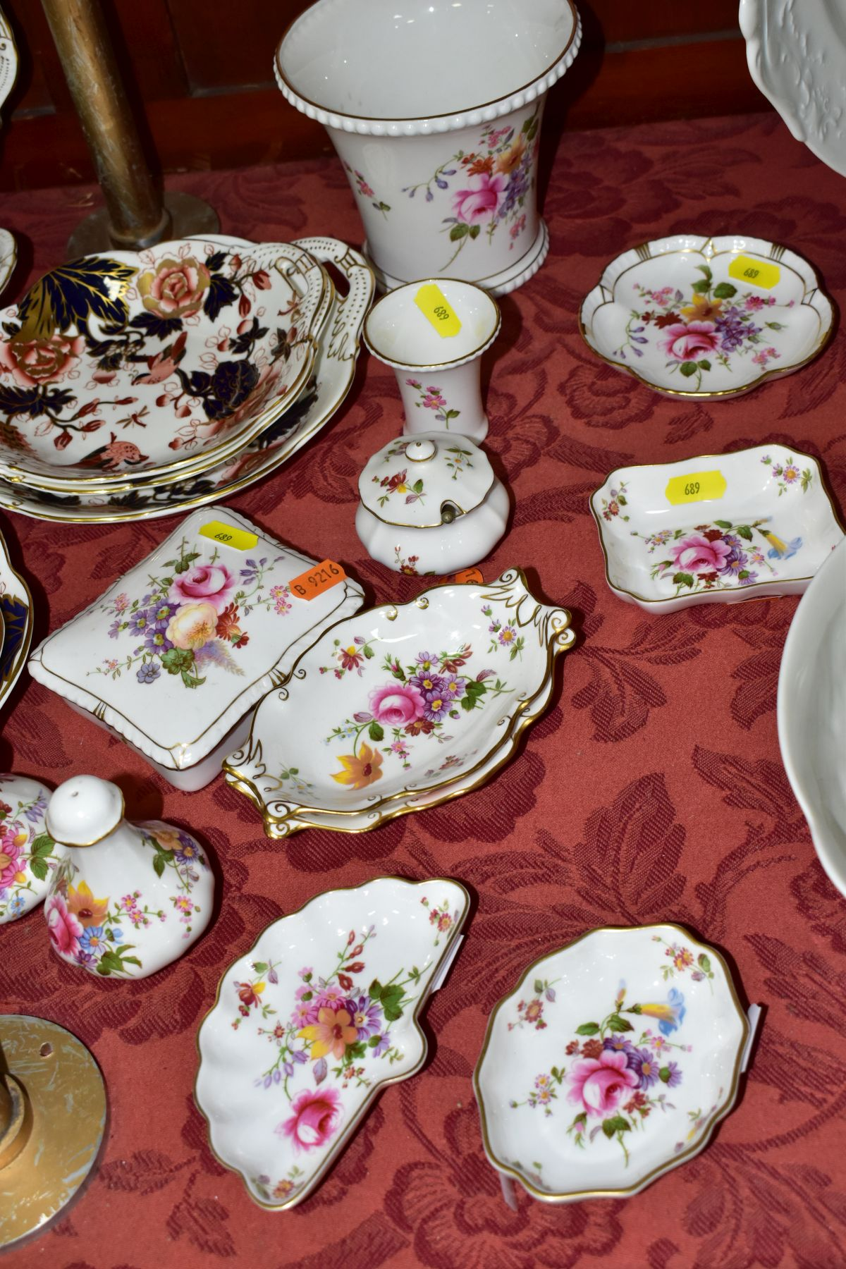 DECORATIVE CERAMICS, ETC, to include Royal Crown Derby 'Derby Posies' pintrays trinket box, - Image 2 of 13