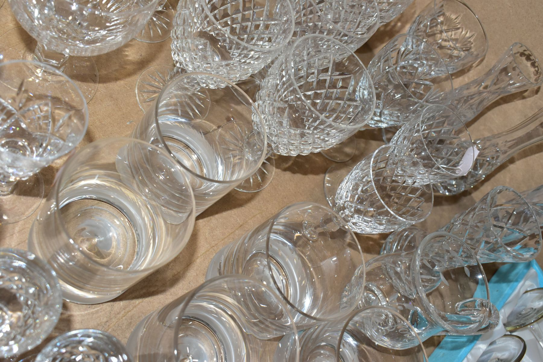 A GROUP OF GLASSWARE, including a boxed set of six Crystallera F.lli Fumo wine glasses, one set - Image 6 of 11