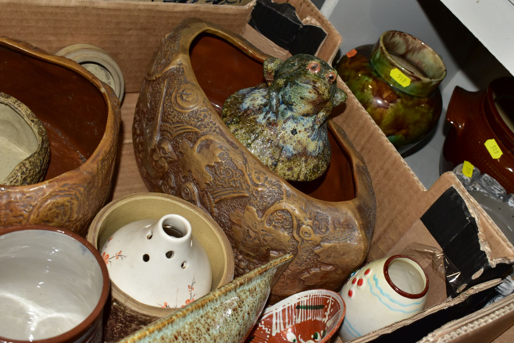 TWO BOXES AND LOOSE STONEWARE etc, including Hillstonia, Studio pottery, stoneware jugs and flagons, - Image 7 of 8
