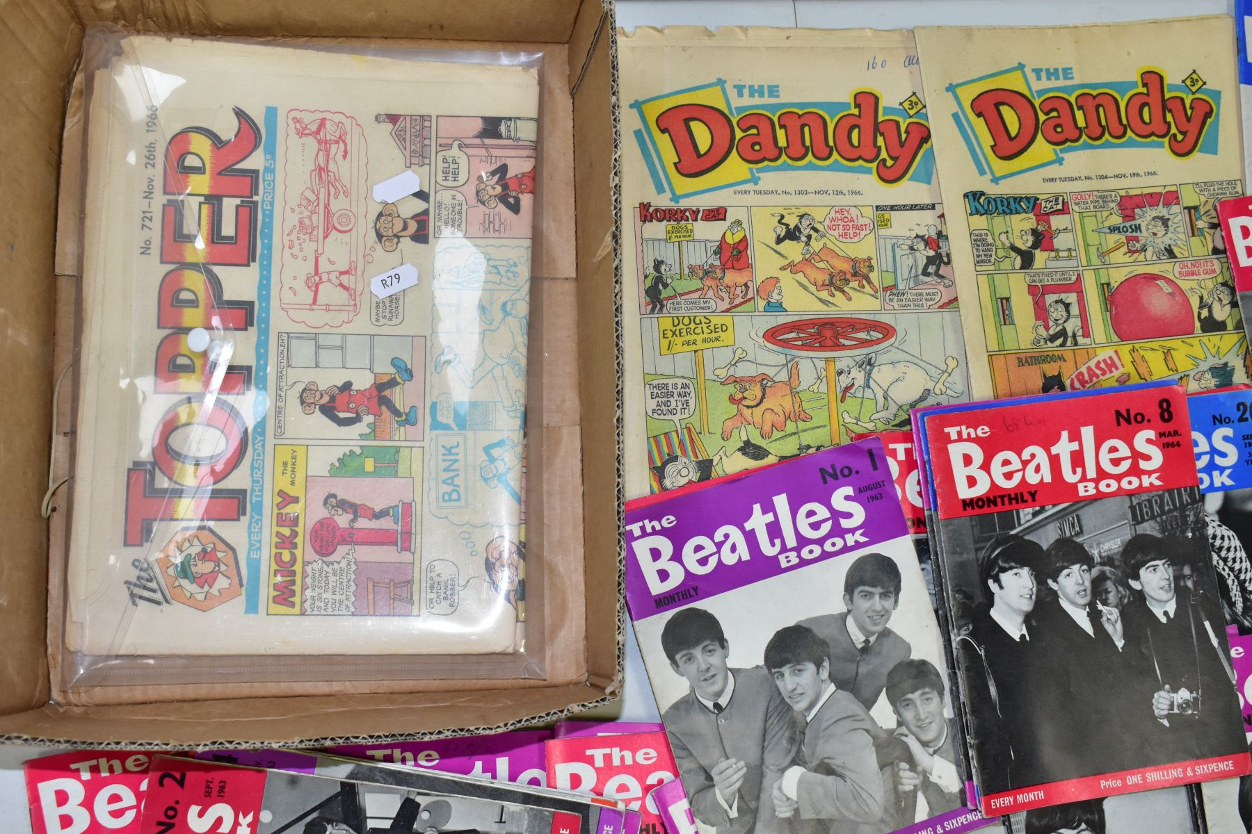 A QUANTITY OF THE BEATLES MONTHLY BOOK, to include No's 1, 2, 4-11, 13-19, 21-28, 32-34, 37-40, 42 & - Image 2 of 2