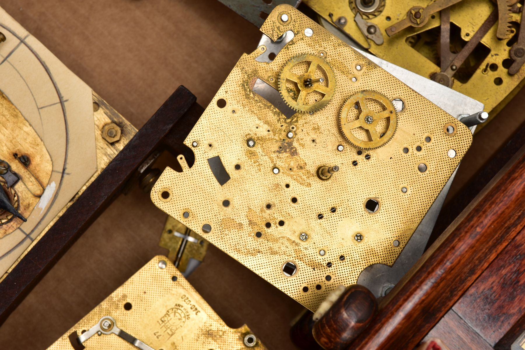 BOX CONTAINING A QUANTITY OF CLOCK PARTS AND MOVEMENTS, to include a wooden outer case with a - Image 4 of 6