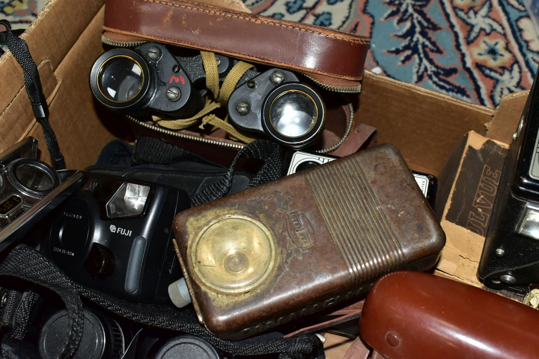 BINOCULARS, CAMERAS AND TYPEWRITER, ETC, to include a pair of Kershaw military prism No.2 MKIII - Image 6 of 9