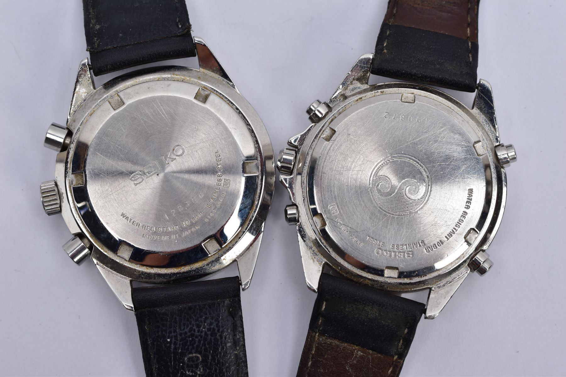 TWO GENTS 'SEIKO CHRONOGRAPH' WRISTWATCHES, the first with round black dial signed 'Seiko - Image 3 of 5