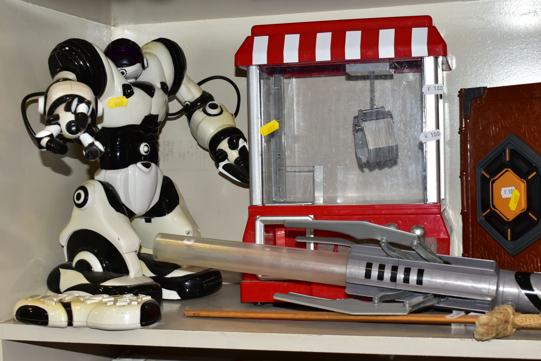 CHILDRENS TOYS etc to include Robosapian with remote control, a light sabre, Mad Hatter - Image 2 of 10
