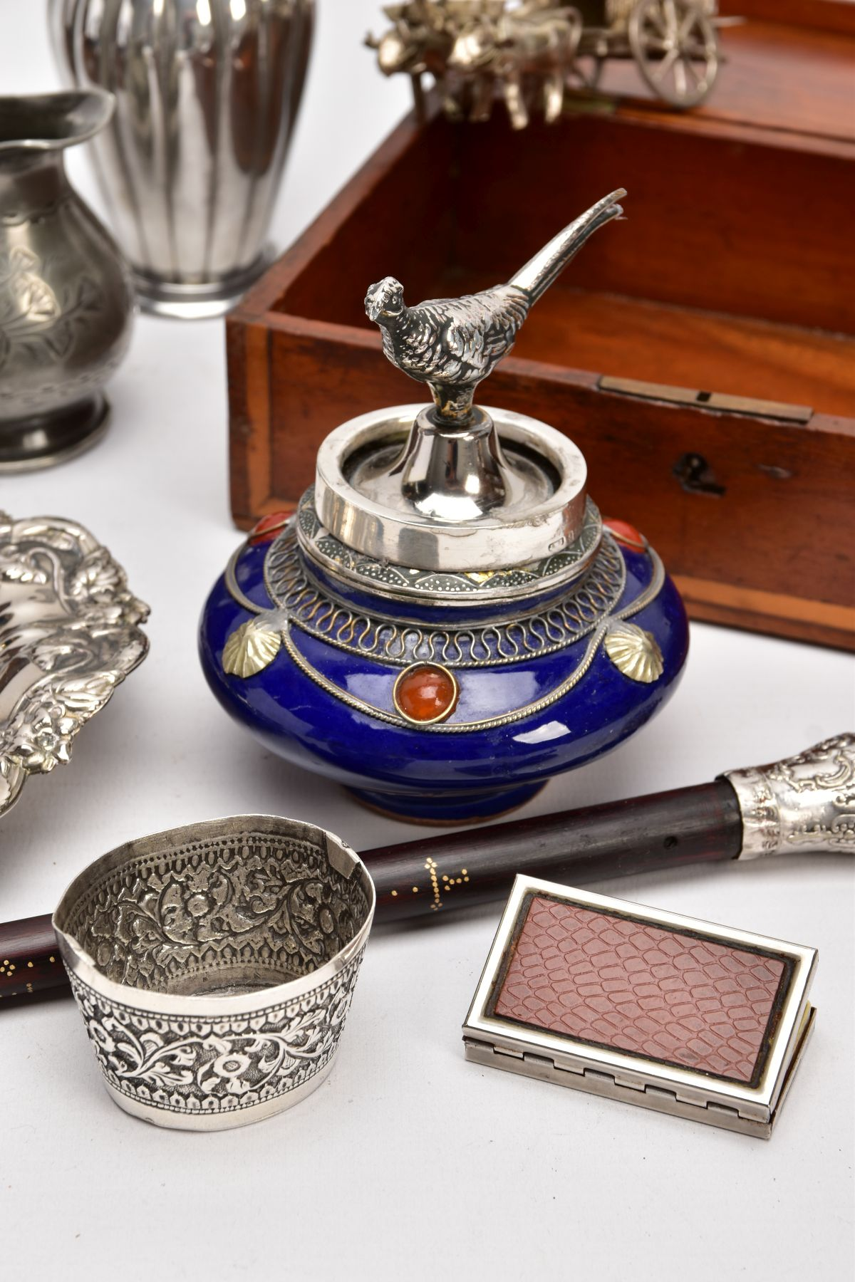 A BOX OF SILVER PLATE, COLLECTABLES AND OTHER METALWARES, including a small Indian white metal - Image 15 of 17