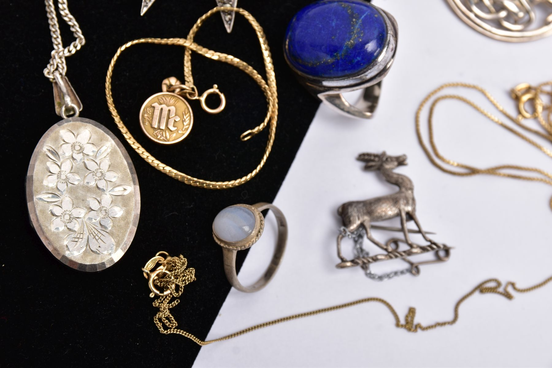 A BAG OF ASSORTED JEWELLERY, to include a silver Lapis Lazuli cabochon ring, hallmarked - Image 3 of 5