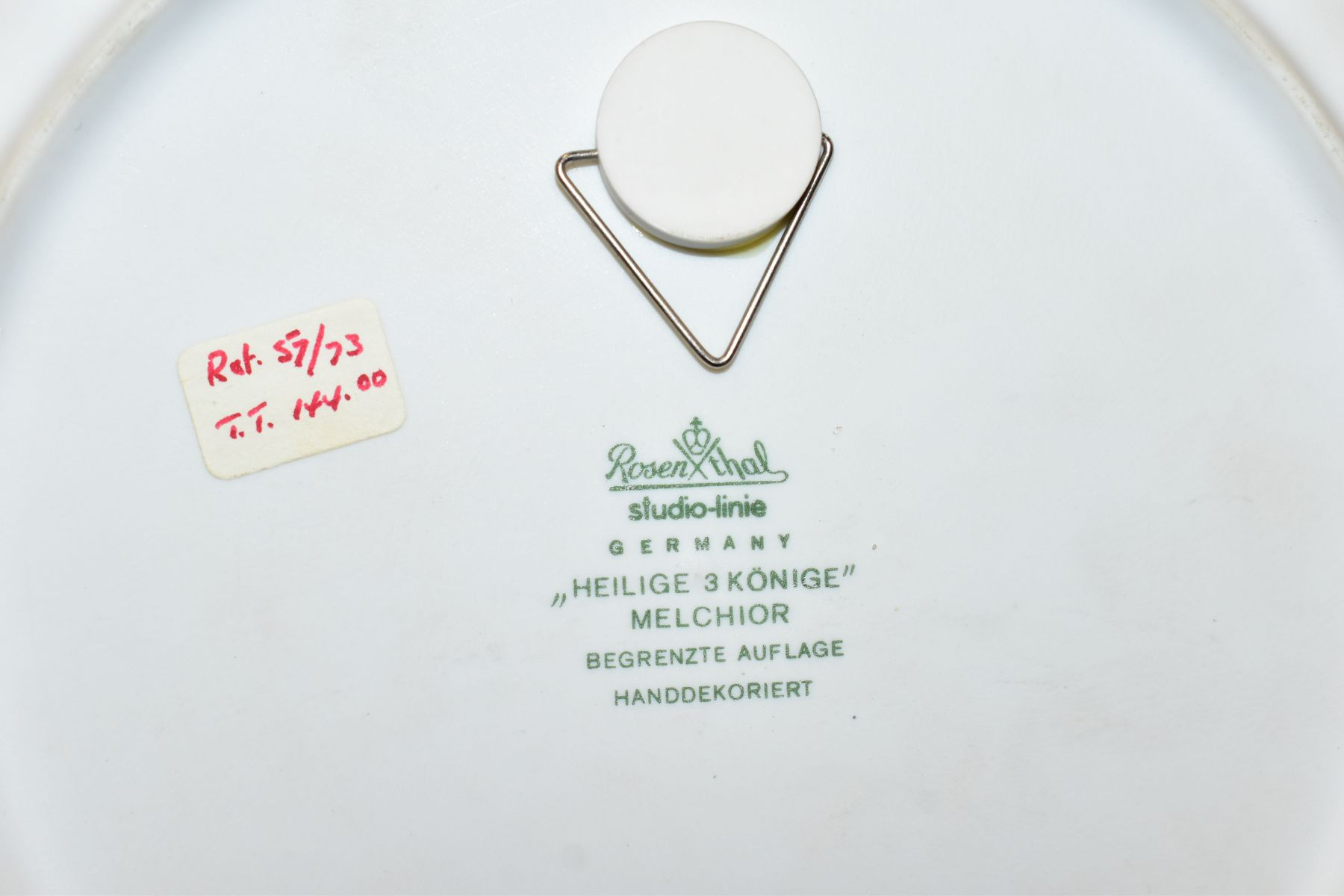 THREE BOXED ROSENTHAL CHRISTMAS PLATES, 1973, 1974 and 1975 all signed by Bijorn Wiinbald - Image 11 of 12