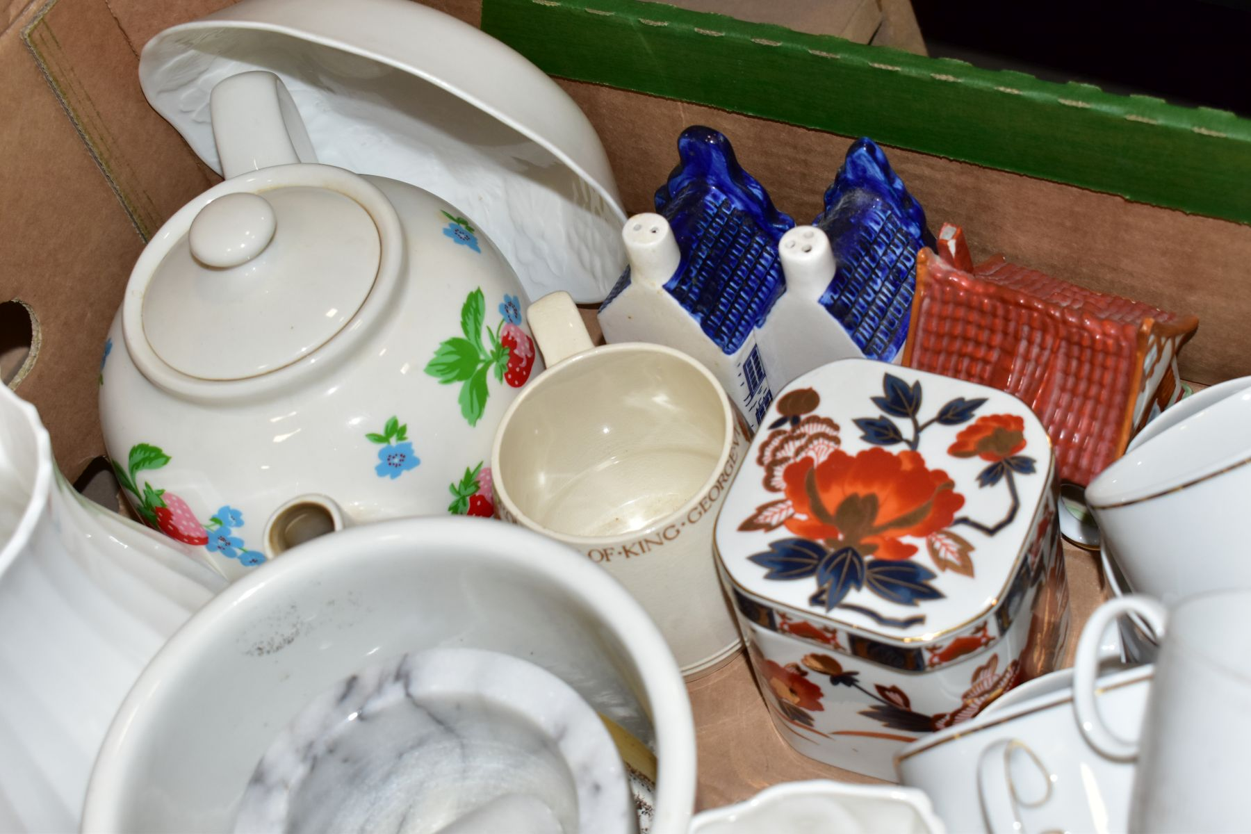 TWO BOXES OF ASSORTED CERAMICS etc to include a Charlotte Rhead charger ref 4319, Portmeirion - Image 6 of 6
