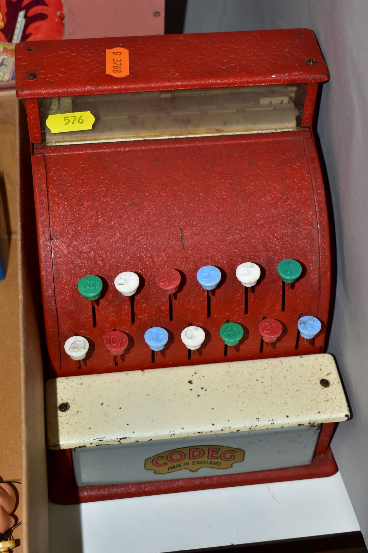 A SMALL QUANTITY OF VINTAGE AND MODERN TOYS, comprising a Codeg cash register, a Vulcan child's - Image 2 of 8