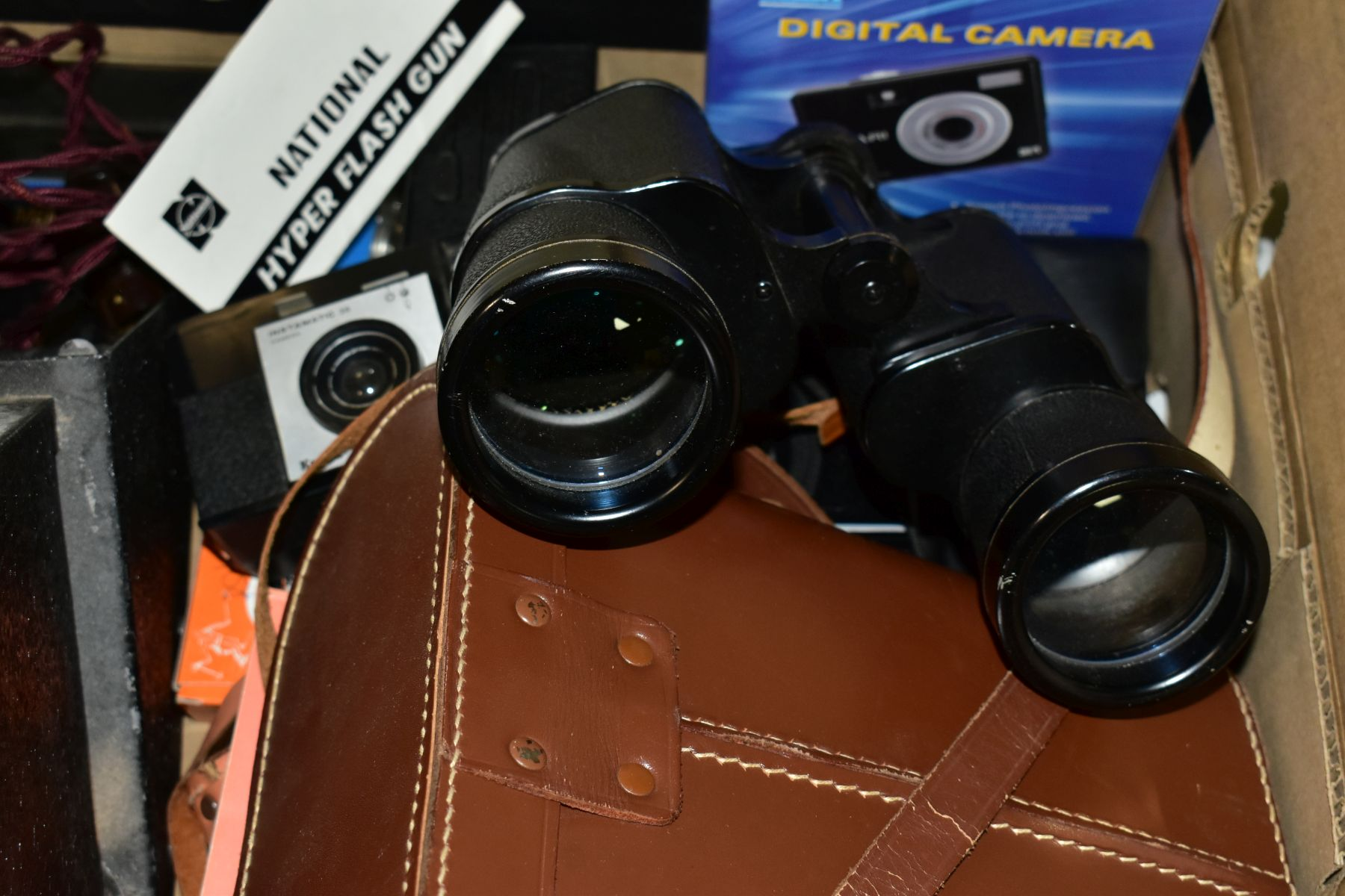 PHOTOGRAPHIC EQUIPMENT, etc, to include a Minolta Auto Pak 270 110 film camera with leather case and - Image 5 of 6
