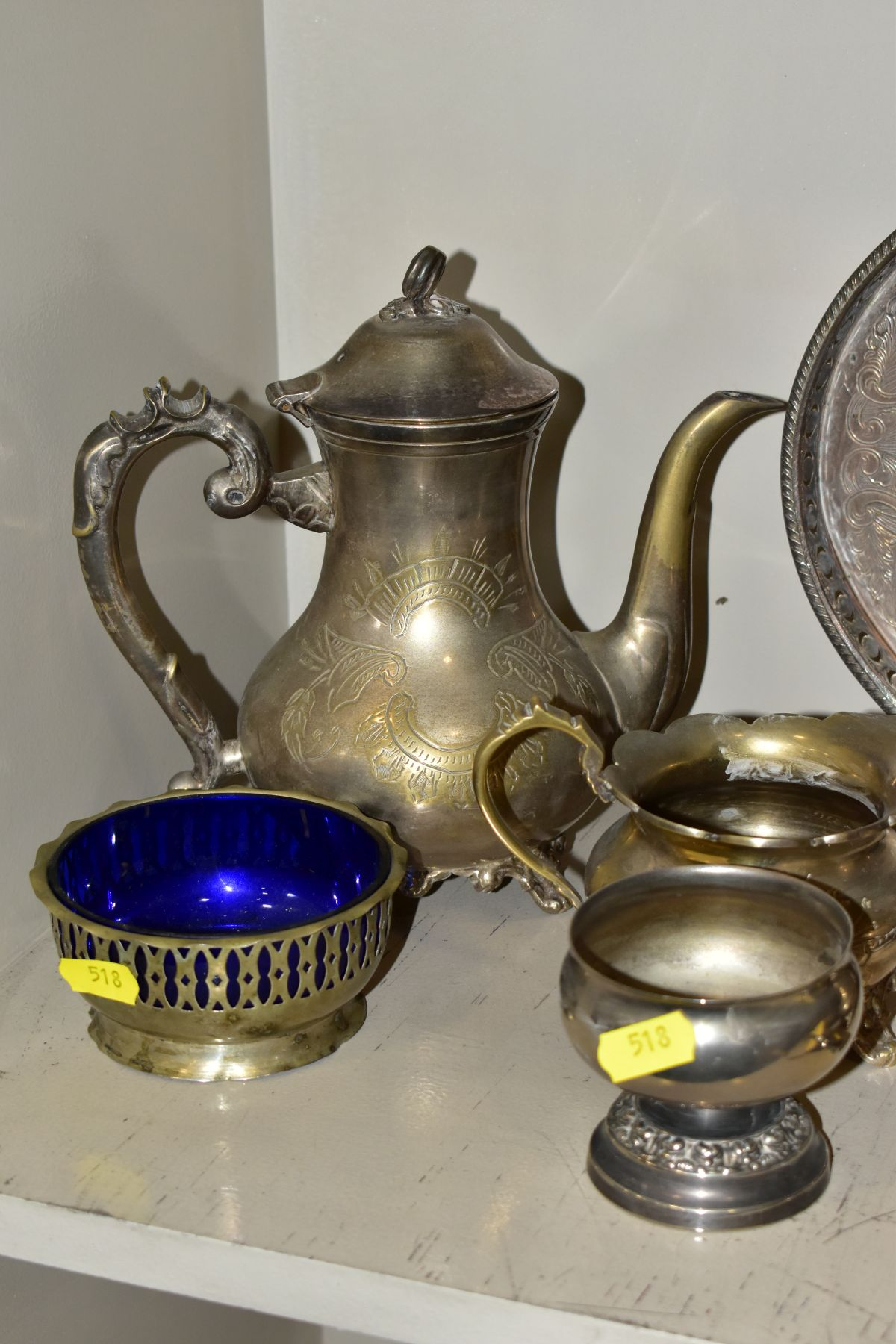 A COLLECTION OF METALWARES AND COLLECTABLES, including a Sawyers View-Master and ten packets of - Image 4 of 11