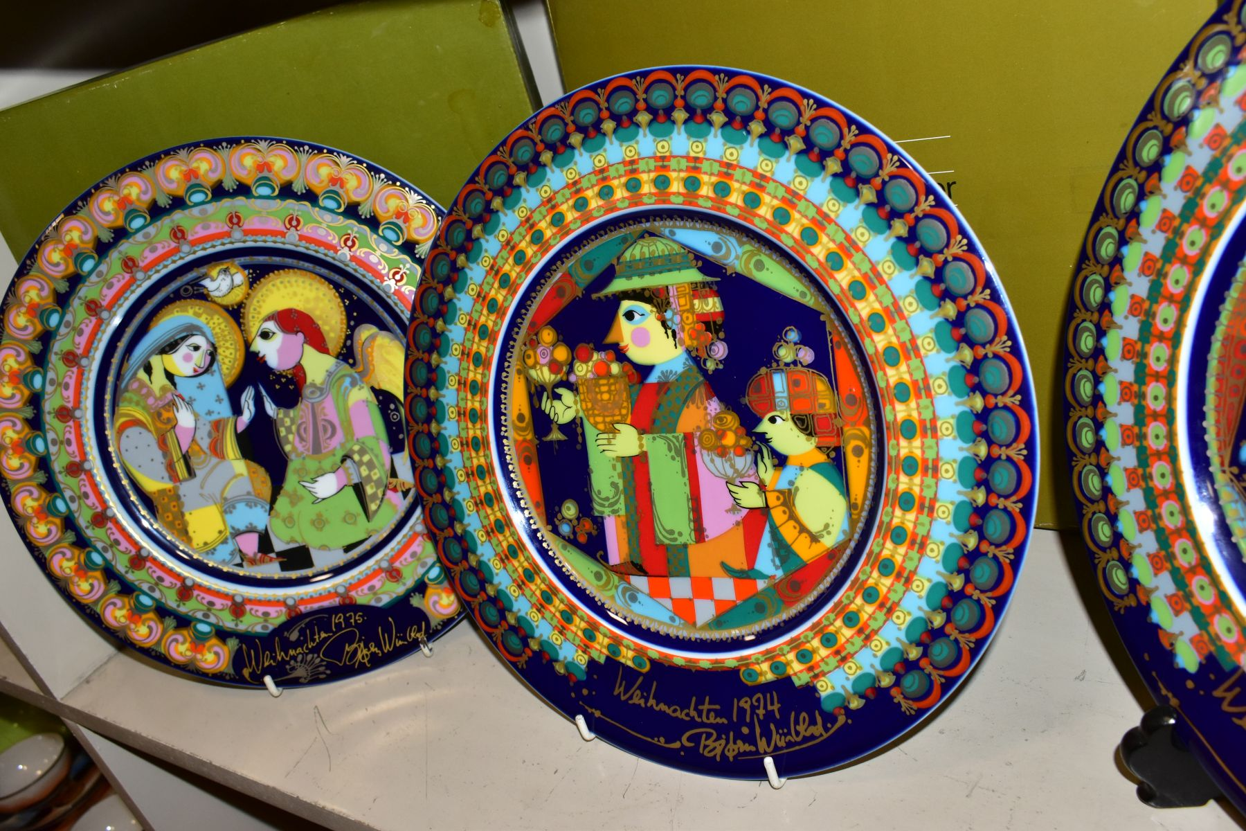 THREE BOXED ROSENTHAL CHRISTMAS PLATES, 1973, 1974 and 1975 all signed by Bijorn Wiinbald - Image 4 of 12