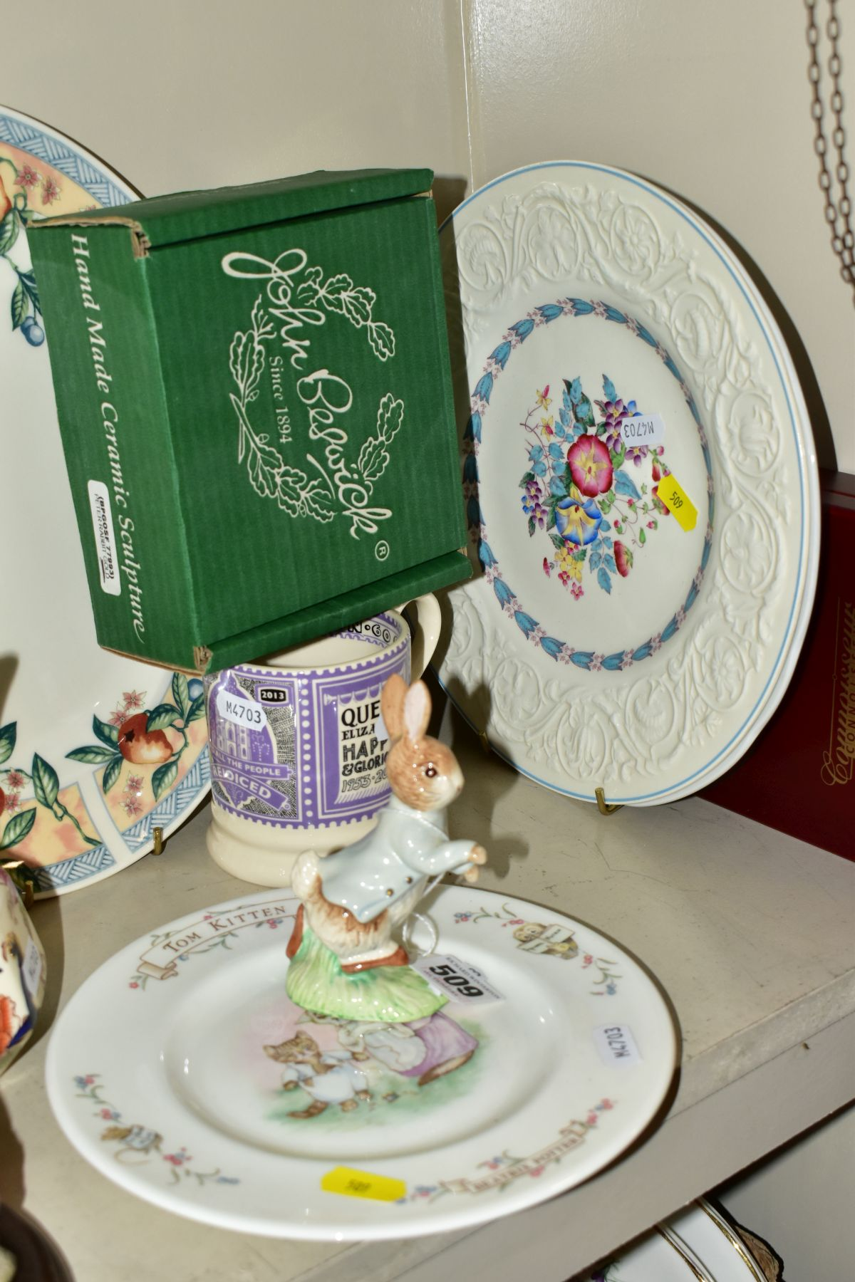 DECORATIVE CERAMICS ETC, to include a boxed Beswick Peter Rabbit, Royal Albert 'Tom Kitten' plate, - Image 10 of 11