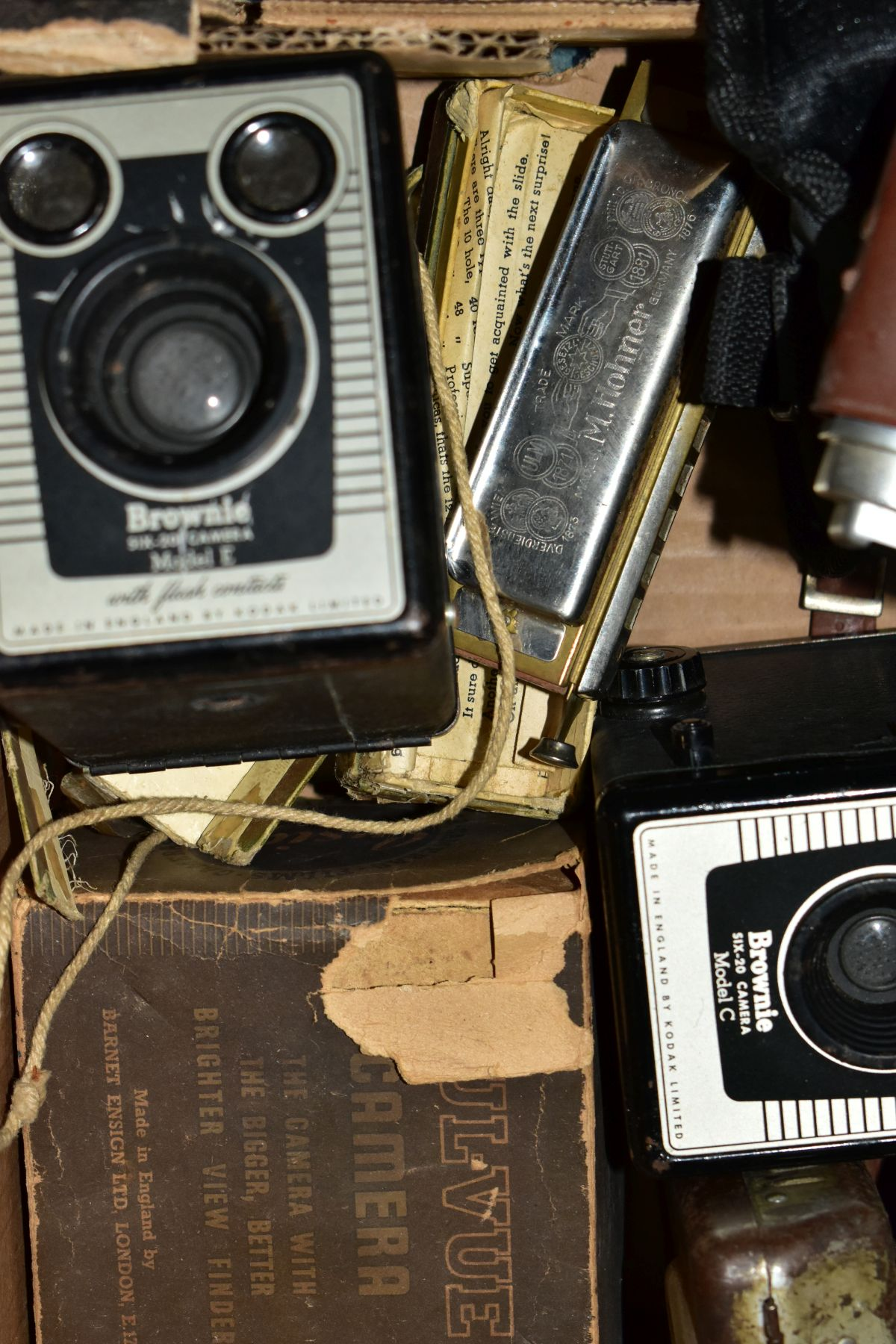 BINOCULARS, CAMERAS AND TYPEWRITER, ETC, to include a pair of Kershaw military prism No.2 MKIII - Image 4 of 9