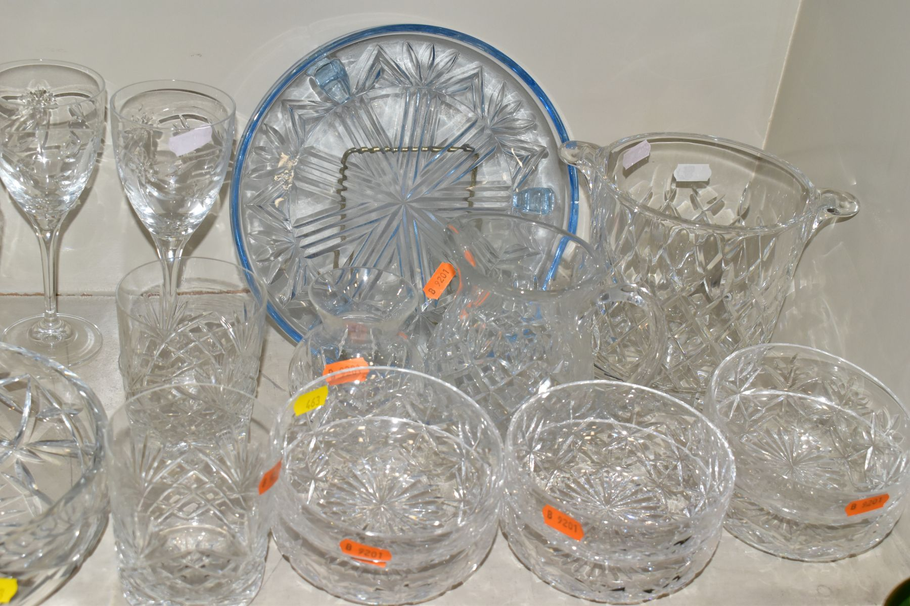 A GROUP OF CUT/COLOURED GLASSWARES, etc, to include a pair of Waterford crystal wines, a Stuart - Image 5 of 13