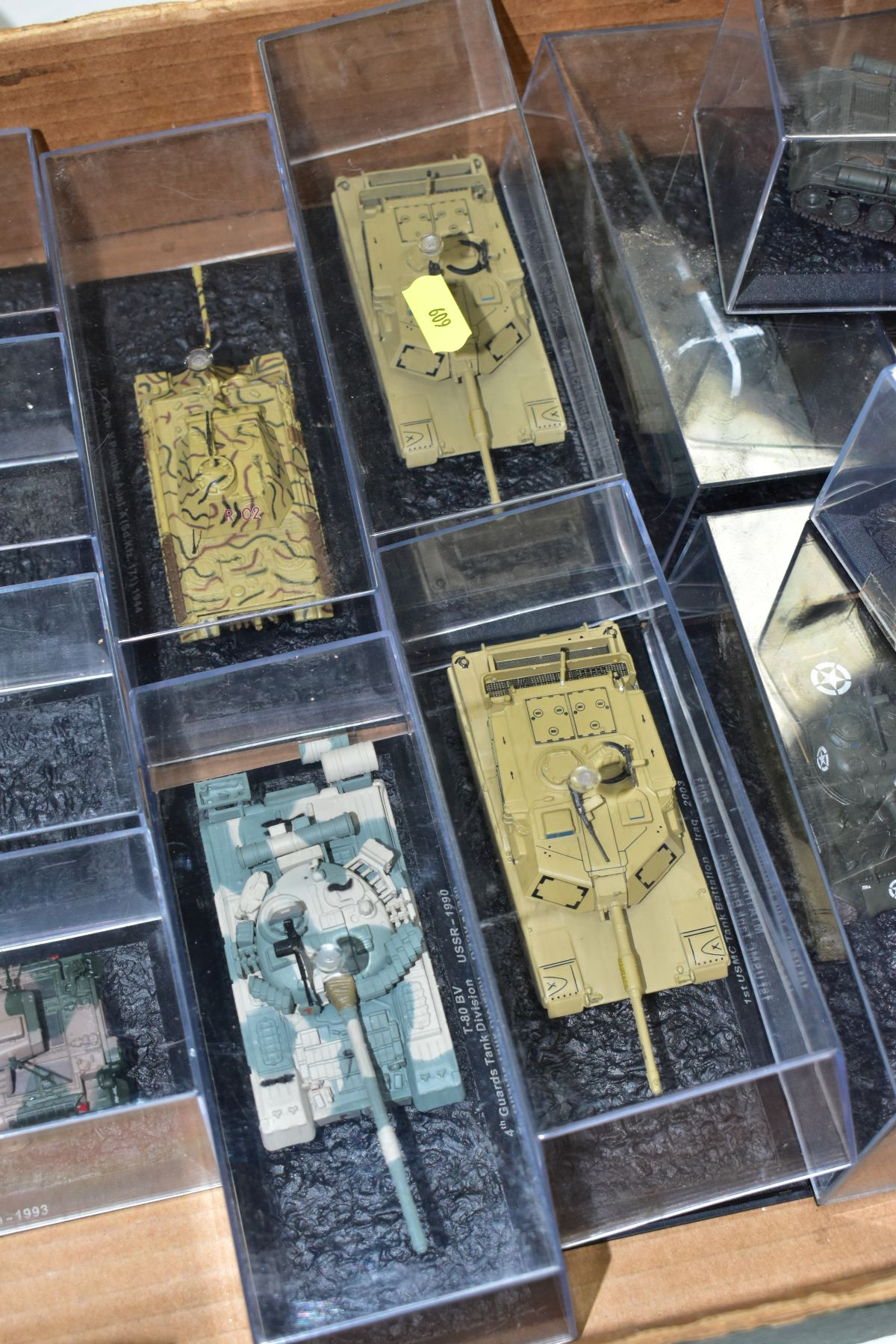 A COLLECTION OF BOXED DEAGOSTINI 1/43 SCALE TANK MODELS, all appear complete and in very good - Image 3 of 5