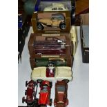 A QUANTITY OF BOXED AND UNBOXED CAR MODELS, to include boxed Burago 1/18 scale Bugatti Type S9 (