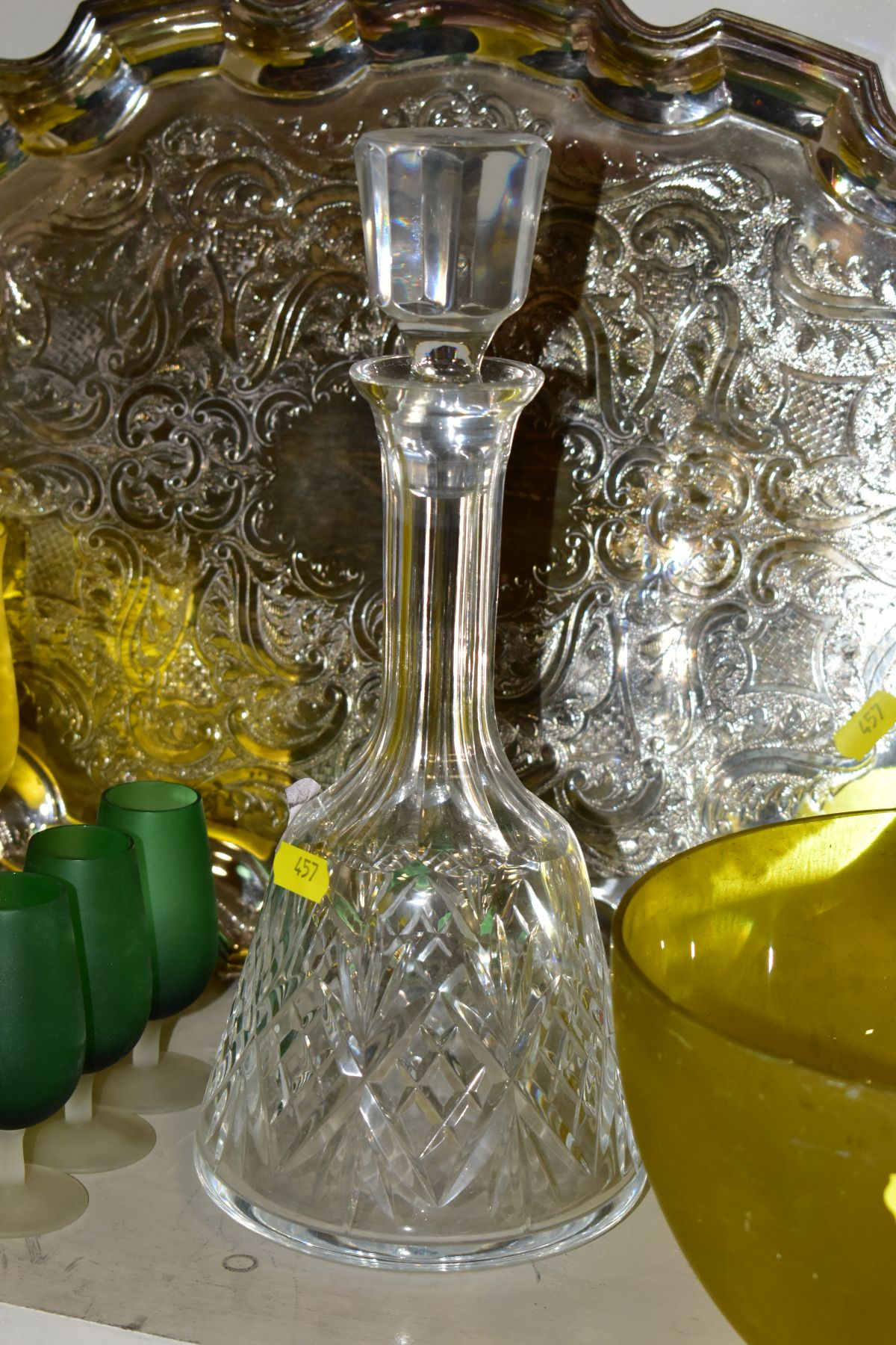 A QUANTITY OF CLEAR AND COLOURED GLASSWARE AND TWO LATE 20TH CENTURY SILVER PLATED TRAYS, - Image 6 of 10