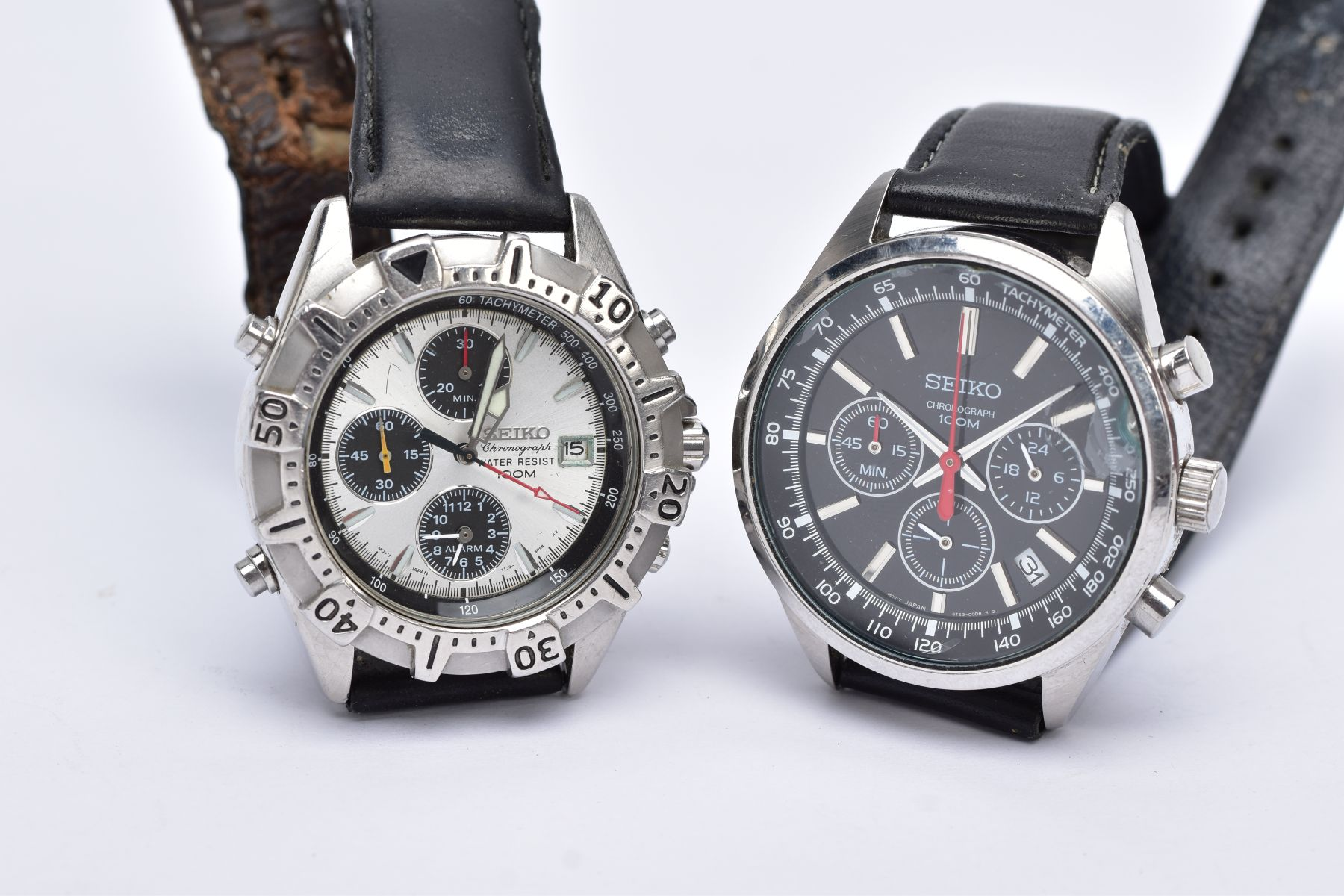 TWO GENTS 'SEIKO CHRONOGRAPH' WRISTWATCHES, the first with round black dial signed 'Seiko - Image 5 of 5