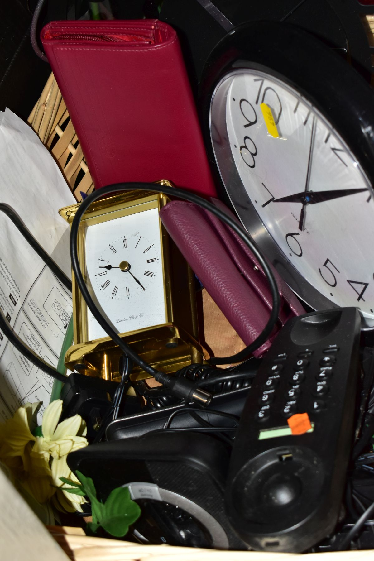 TWO BOXES AND A BASKET OF METALWARE, SUNDRIES, PICTURE FRAMES, ETC, to include various clocks (two - Image 5 of 10