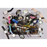A PLASTIC TUB CONTAINING A LARGE QUANTITY OF LADIES AND GENTS FASHION WRISTWATCHES