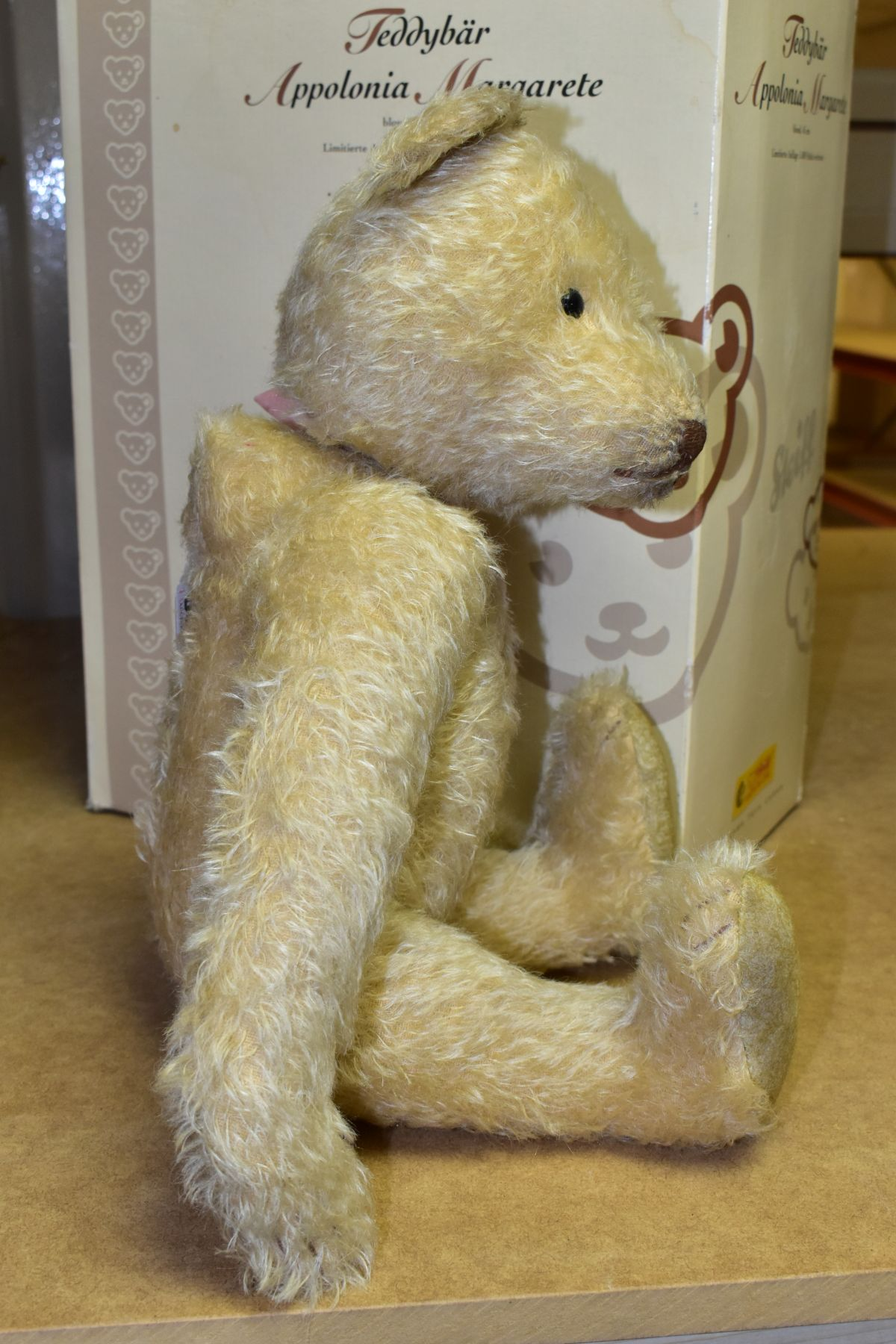 A BOXED STEIFF LIMITED EDITION APPOLONIA MARGARETE TEDDYBEAR, No. 038112, limited edition No. 1171 - Image 4 of 5