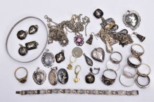 A BAG OF ASSORTED WHITE METAL JEWELLERY, to include twelve rings of various designs, a pair of '
