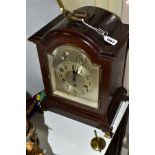 AN EARLY 2OTH CENTURY MAHOGANY STAINED GEORGE III STYLE BRACKET CLOCK, silvered dial with Arabic