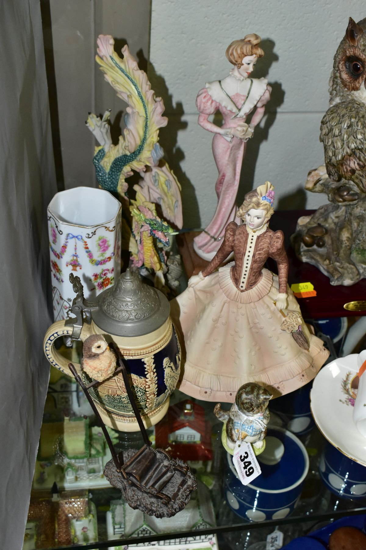 A SMALL GROUP OF FIGURAL ORNAMENTS AND OTHER CERAMICS, including a Beswick Beatrix Potter's 'Miss - Image 3 of 8