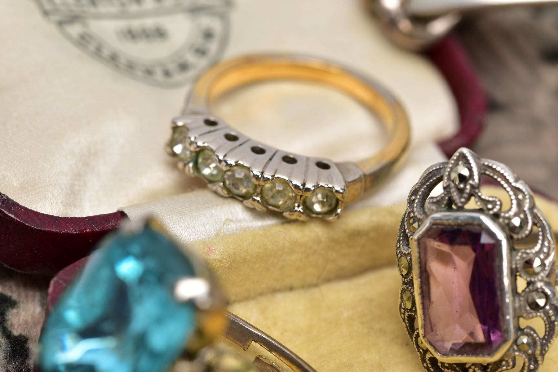 A COLLECTION OF SILVER AND COSTUME JEWELLERY ITEMS, to include a hallmarked silver identity - Image 4 of 5
