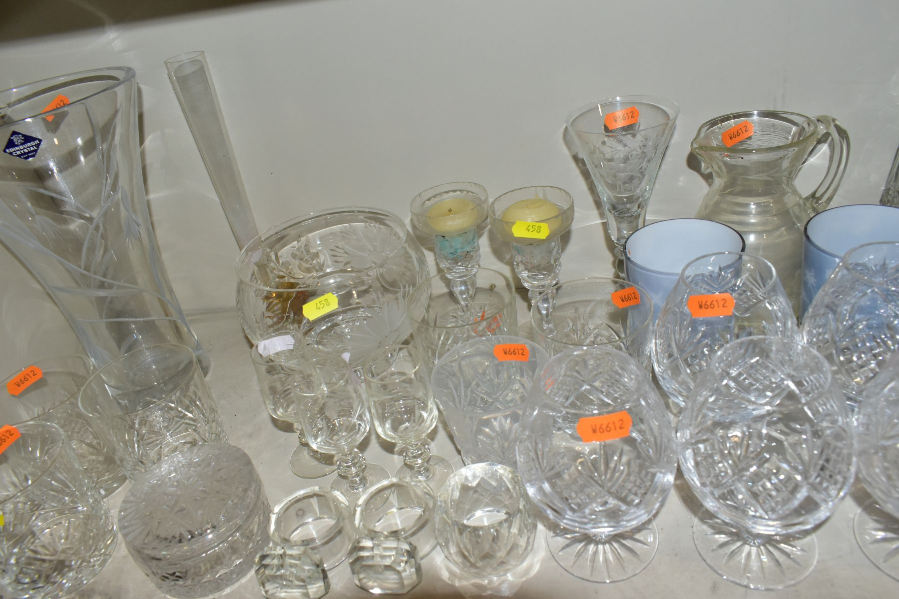 A SMALL QUANTITY OF CLEAR AND COLOURED GLASSWARE, including an Edinburgh Crystal vase, height 25. - Image 9 of 10