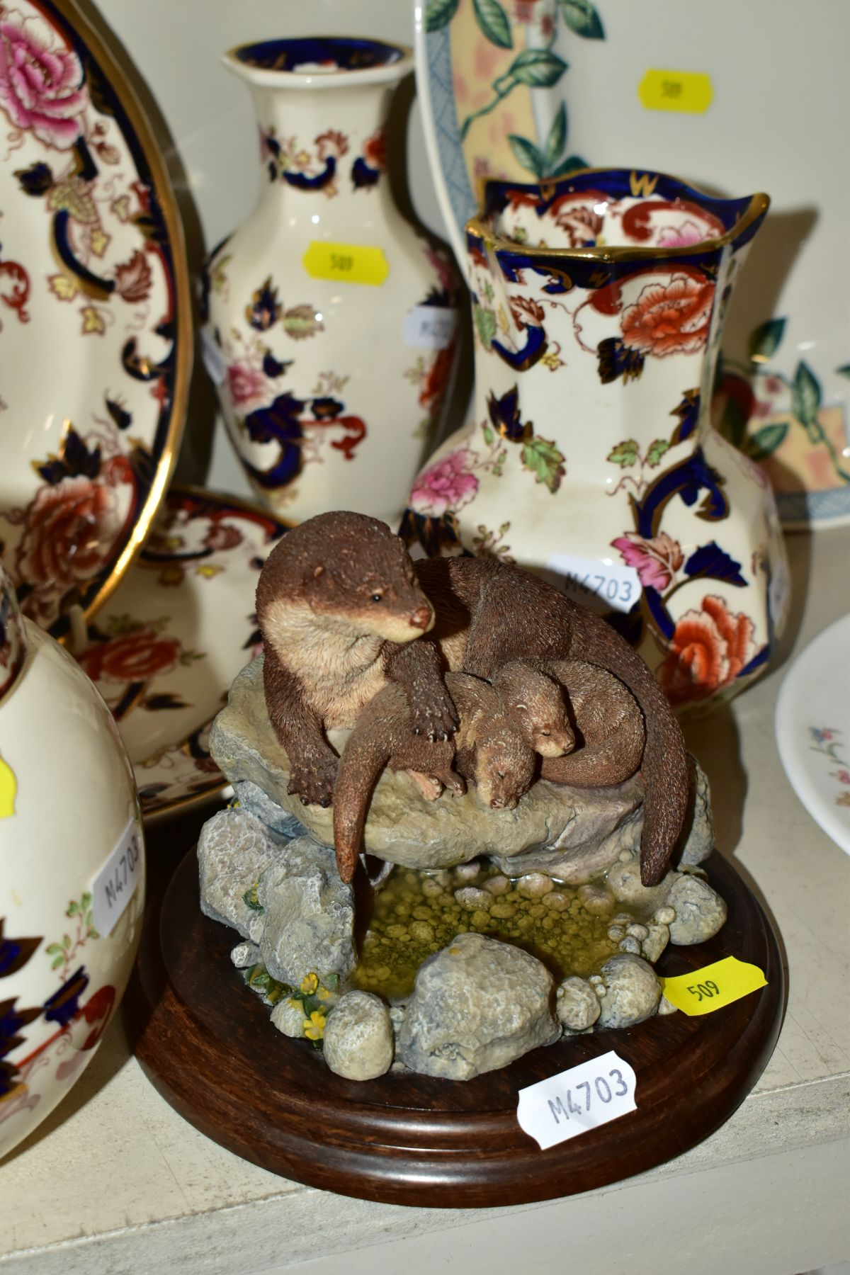 DECORATIVE CERAMICS ETC, to include a boxed Beswick Peter Rabbit, Royal Albert 'Tom Kitten' plate, - Image 6 of 11