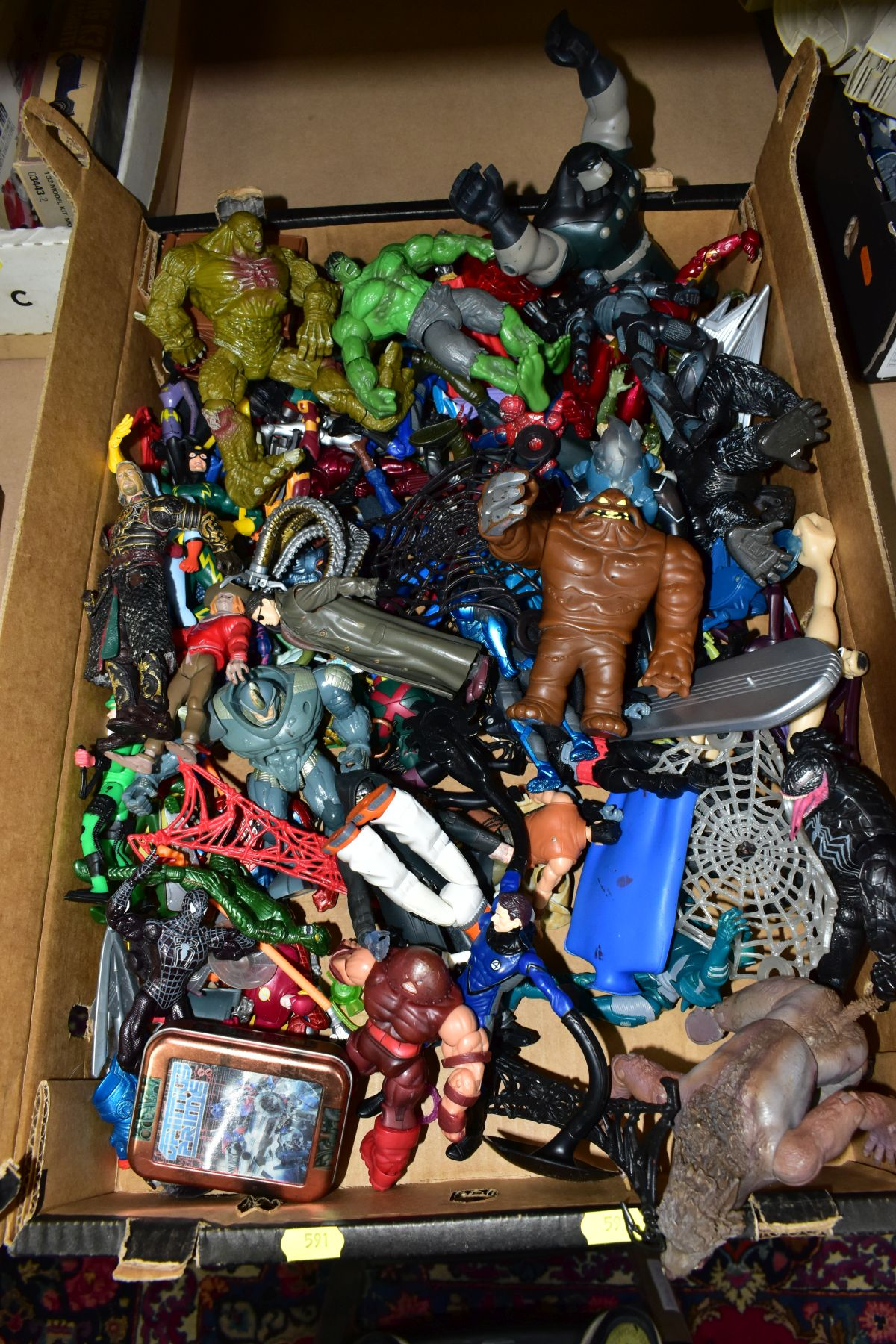 A QUANTITY OF ASSORTED MODERN ACTION FIGURES, to include Spiderman, Teenage Mutant Turtles, - Image 3 of 3