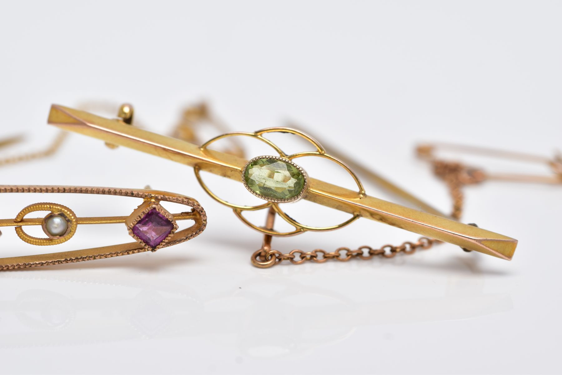 TWO EARLY 20TH CENTURY BAR BROOCHES, a 9ct gold amethyst garnet and seed pearl brooch, hallmarked - Image 3 of 4
