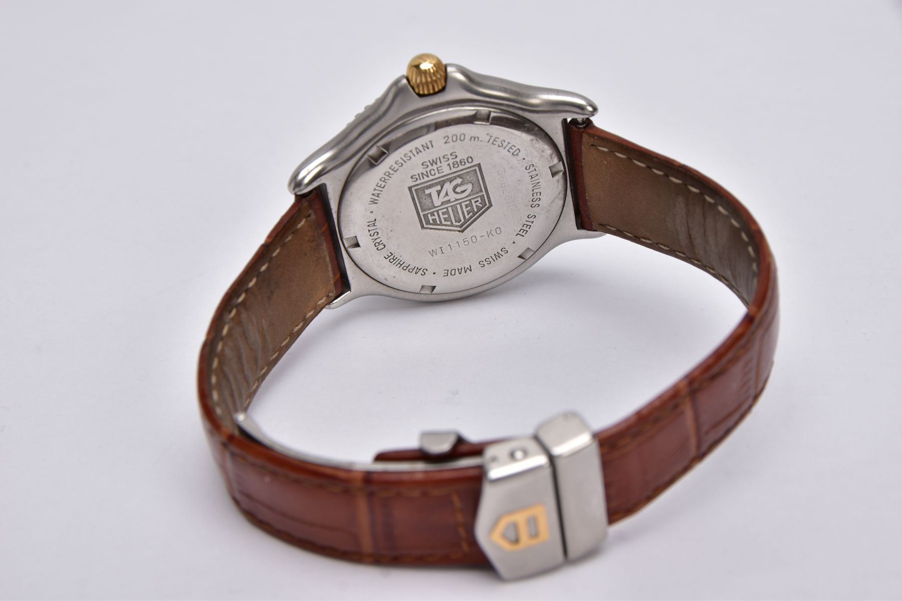 A GENTS 'TAG HEUER' WRISTWATCH, round white dial signed 'Tag Heuer, Professional 200 meters', - Image 5 of 6