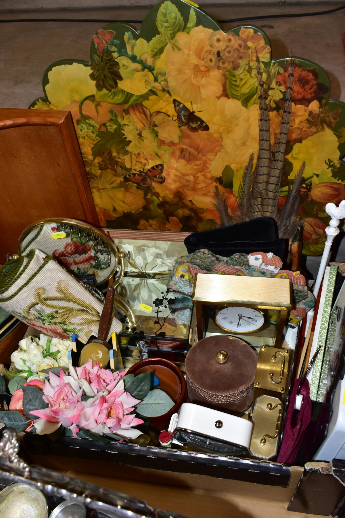 TWO BOXES AND LOOSE OF METALWARE, TREEN, MISCELLANEOUS ITEMS, ETC, including EPNS trays and galeried - Image 5 of 10