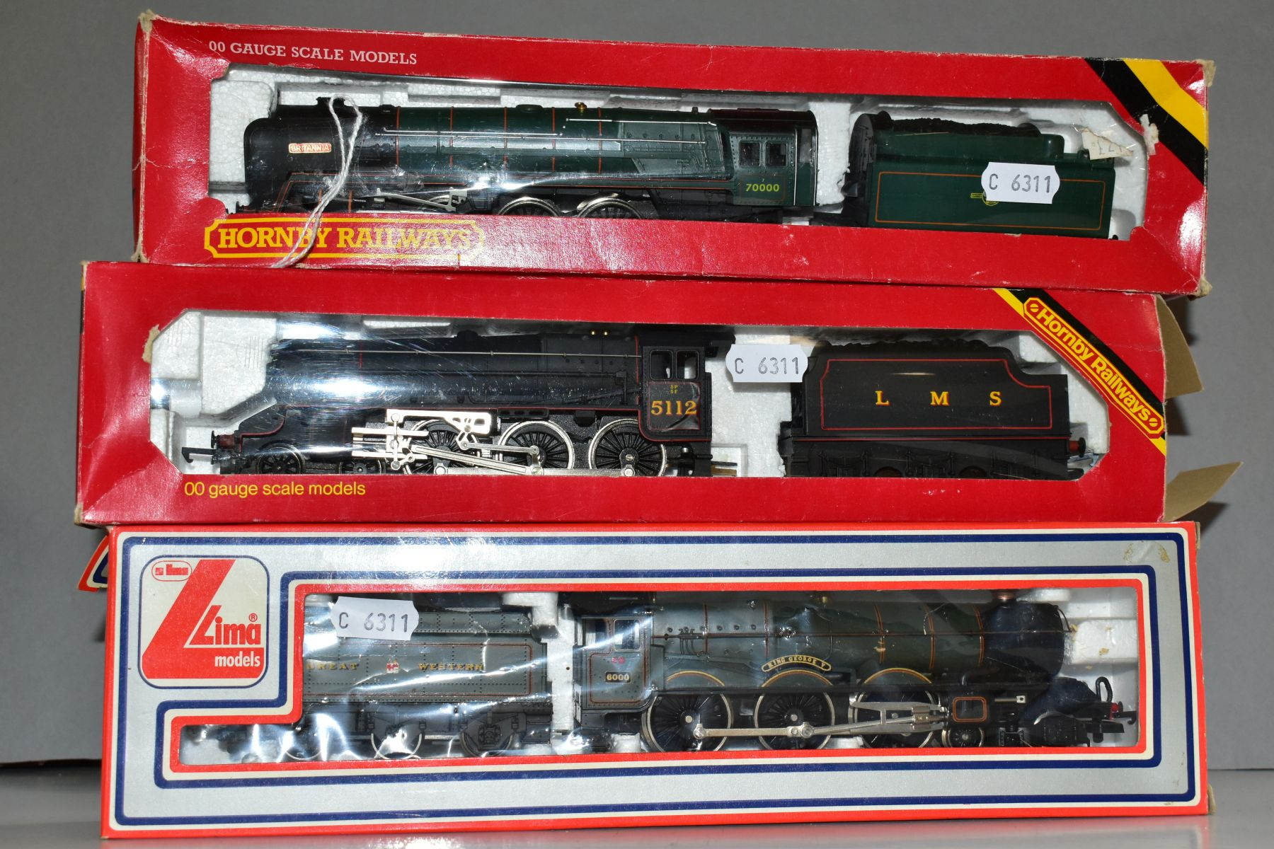 THREE BOXED 00 GAUGE MODEL RAILWAY LOCOMOTIVES, Hornby Britannia Class 'Britanna' No. 70000, B.R. - Image 2 of 3