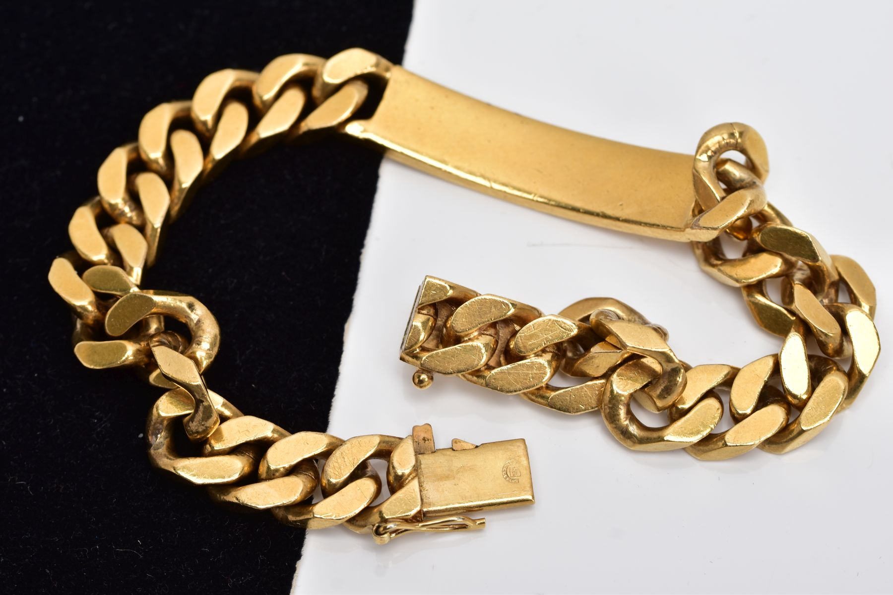 A LATE 20TH CENTURY GENTS HEAVY GAUGE CURB LINK IDENTITY BRACELET, measuring approximately 230mm - Image 3 of 3