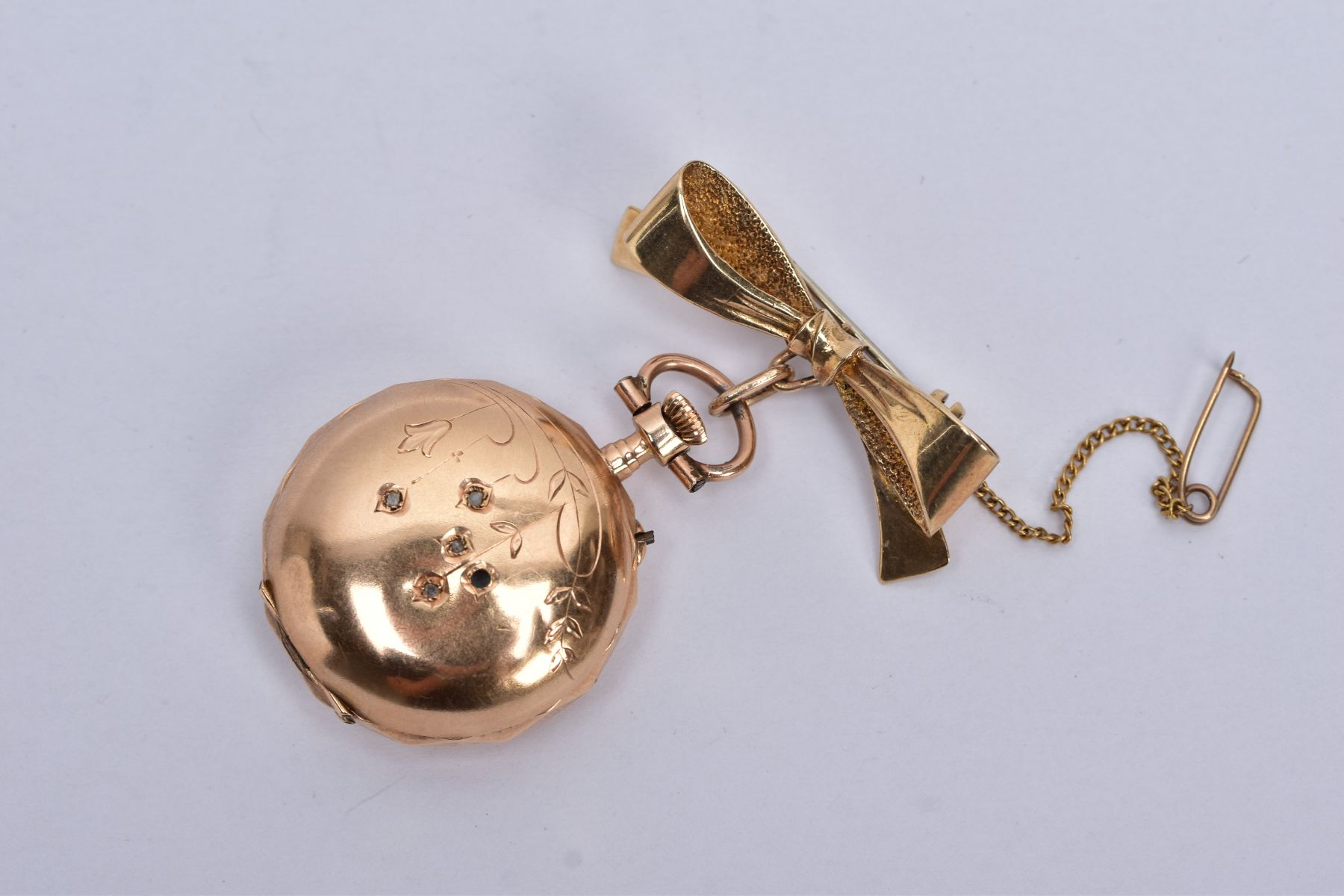AN EARLY 20TH CENTURY GOLD AND DIAMOND LADY'S FOB WATCH, white enamel dial signed 'Elba', case