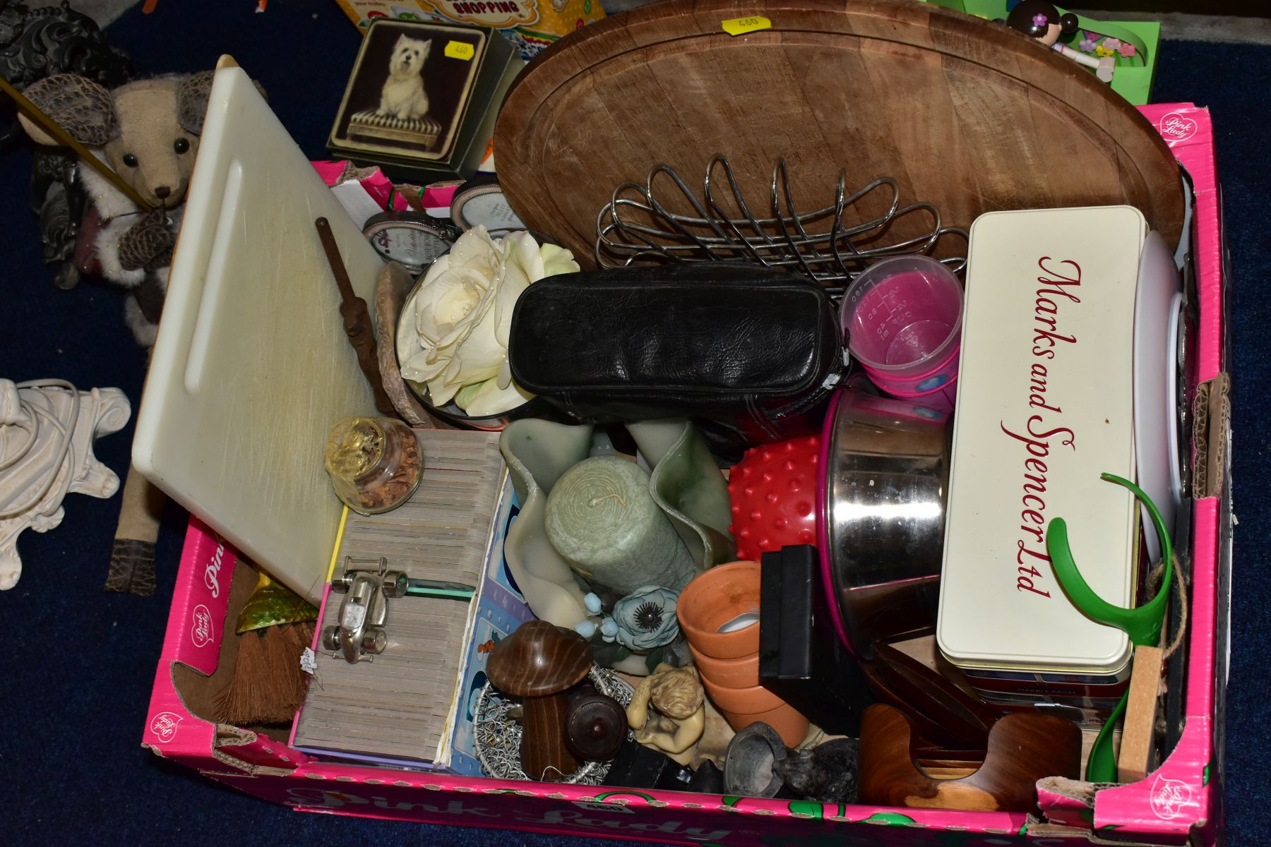 FOUR BOXES AND LOOSE METALWARE, HOUSEHOLD SUNDRIES, OIL LAMP, etc, to include board games, book - Image 2 of 16