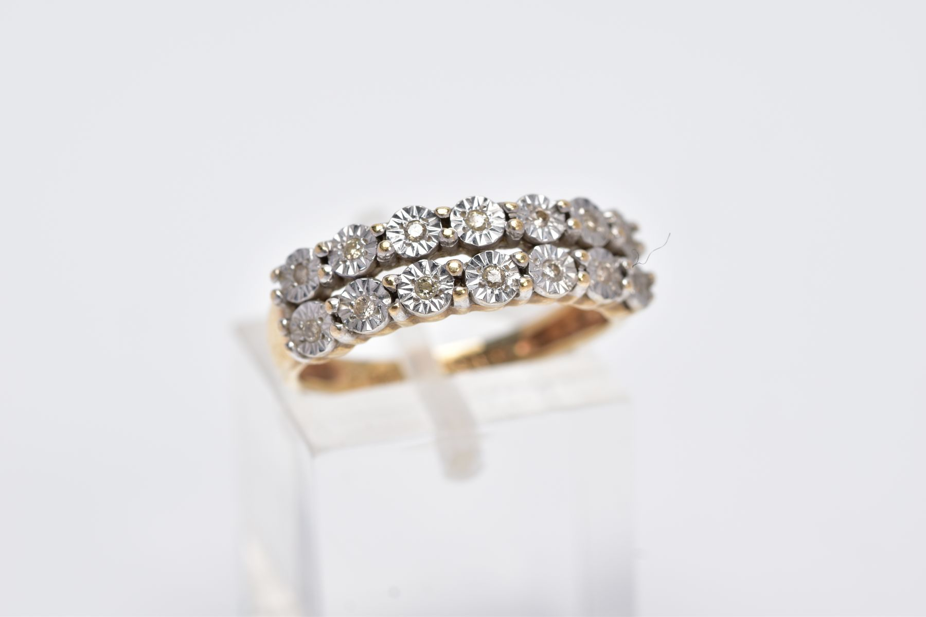 A 9CT GOLD DIAMOND RING, designed with two rows of illusion set, round brilliant cut diamonds, - Image 4 of 4