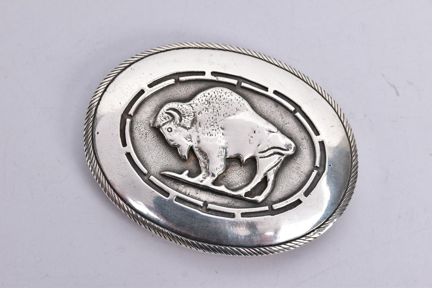 THREE BELT BUCKLES, to include an AF silver oval buckle depicting a thistle, with missing mother - Image 6 of 6